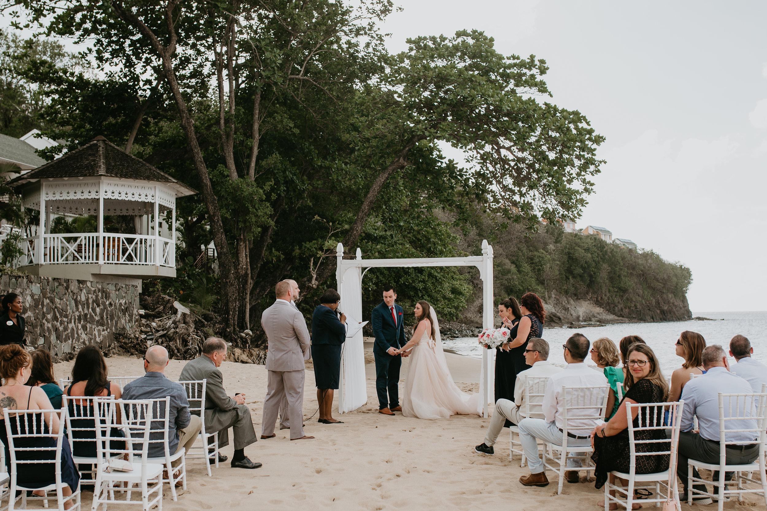 nicole-daacke-photography-destination-wedding-in-st-lucia-sandals-la-toc-intimate-island-wedding-carribean-elopement-photographer-chill-island-wedding-61.jpg