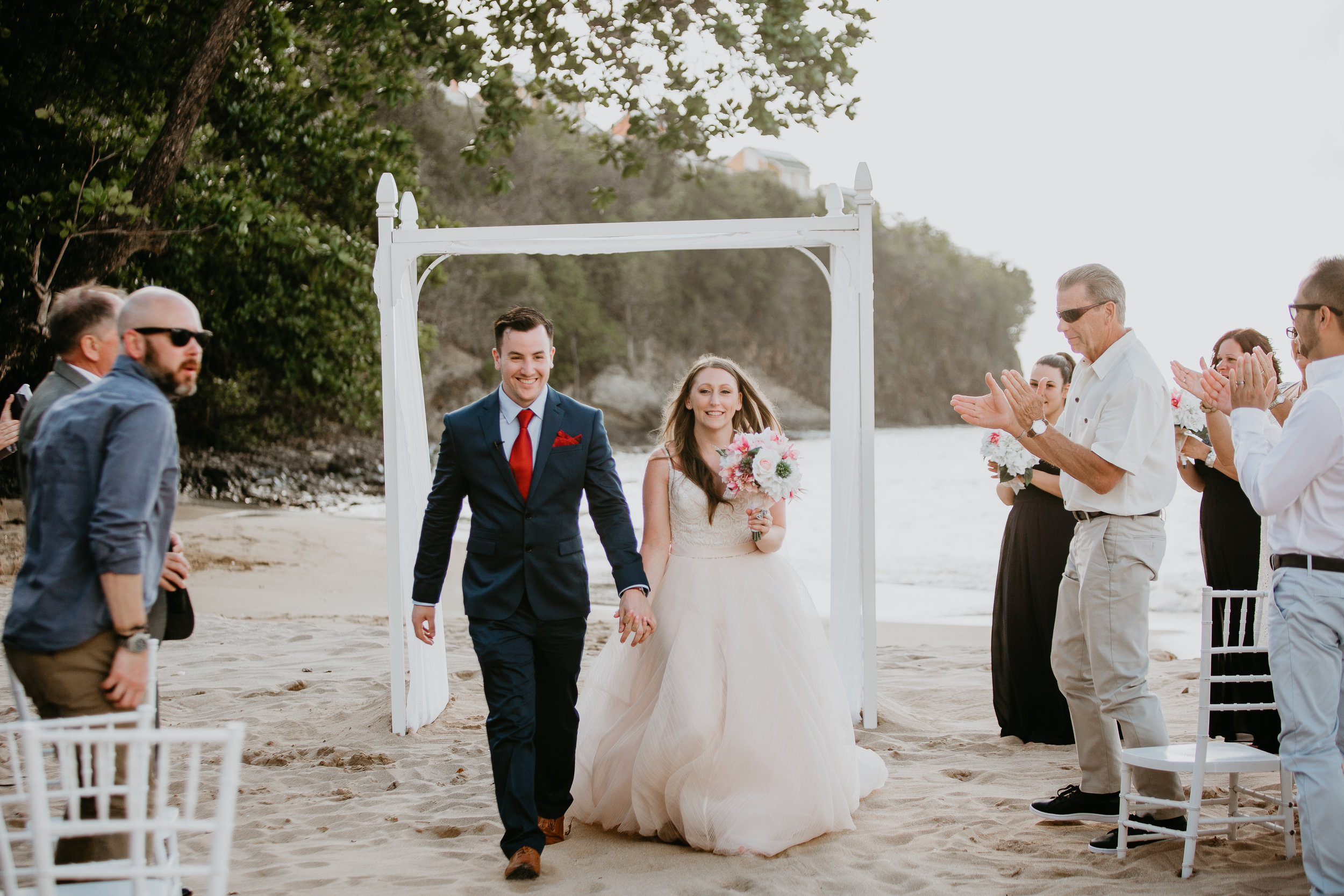 nicole-daacke-photography-destination-wedding-in-st-lucia-sandals-la-toc-intimate-island-wedding-carribean-elopement-photographer-chill-island-wedding-74.jpg