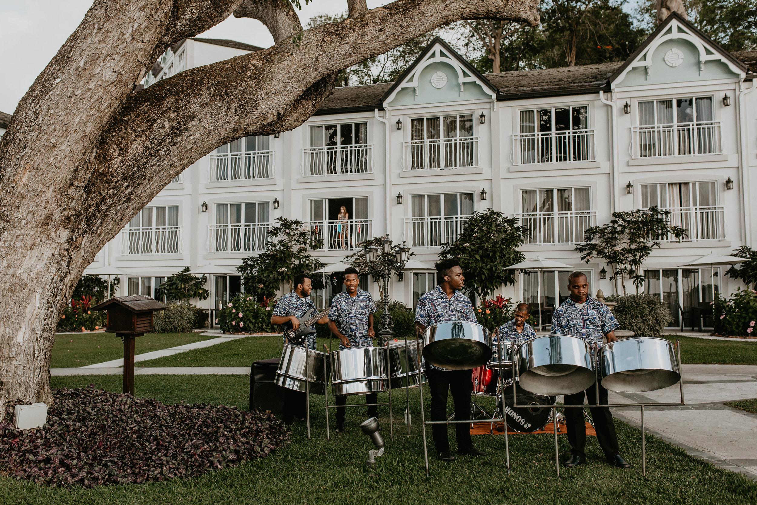 nicole-daacke-photography-destination-wedding-in-st-lucia-sandals-la-toc-intimate-island-wedding-carribean-elopement-photographer-chill-island-wedding-102.jpg