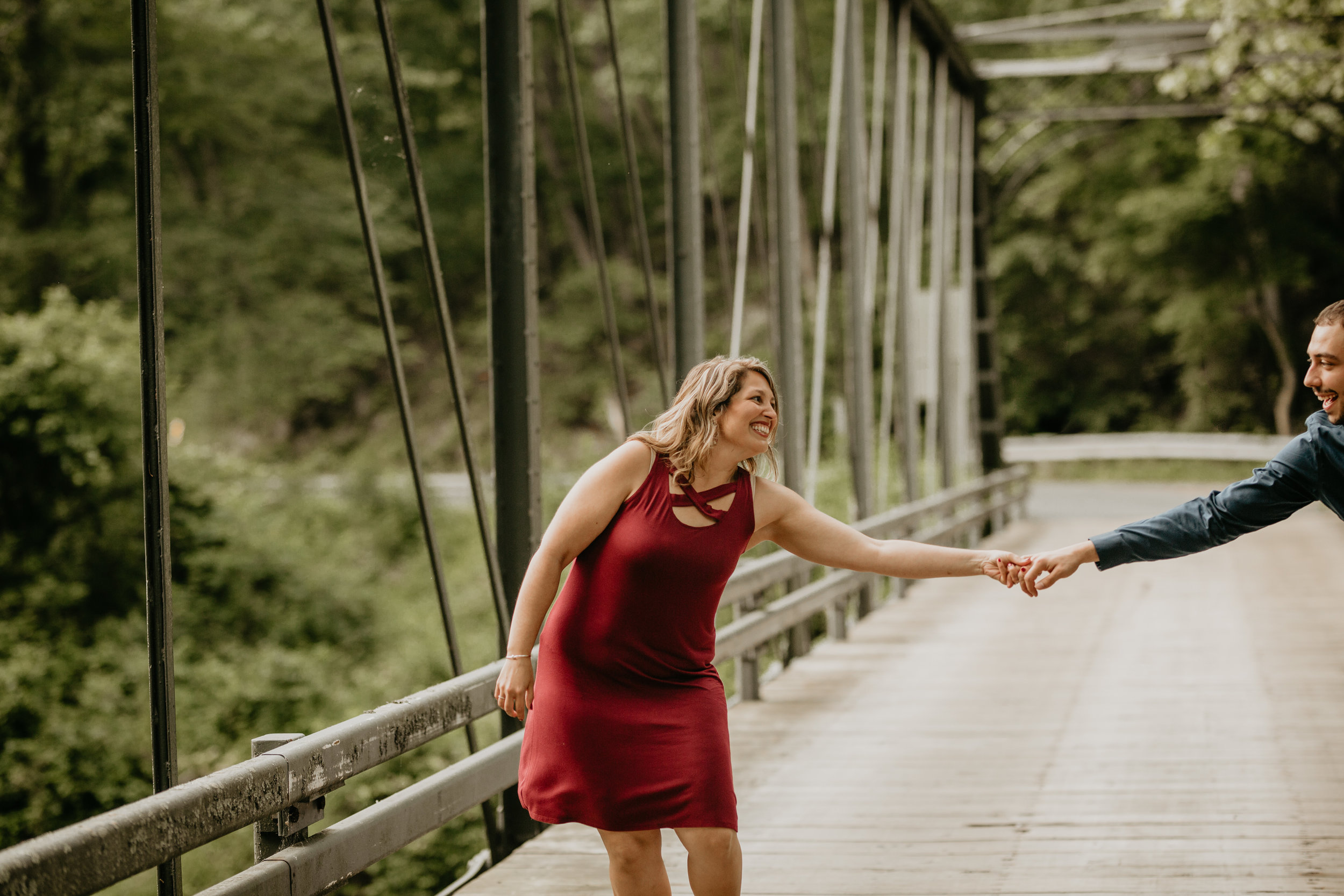 Nicole-Daacke-Photography-rock-state-park-overlook-king-queen-seat-maryland-hiking-adventure-engagement-session-photos-portraits-summer-bel-air-dog-engagement-session-6.jpg