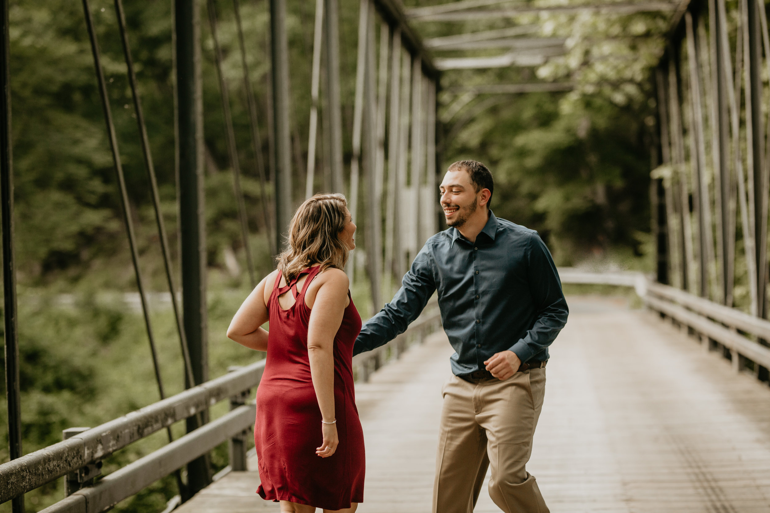 Nicole-Daacke-Photography-rock-state-park-overlook-king-queen-seat-maryland-hiking-adventure-engagement-session-photos-portraits-summer-bel-air-dog-engagement-session-7.jpg