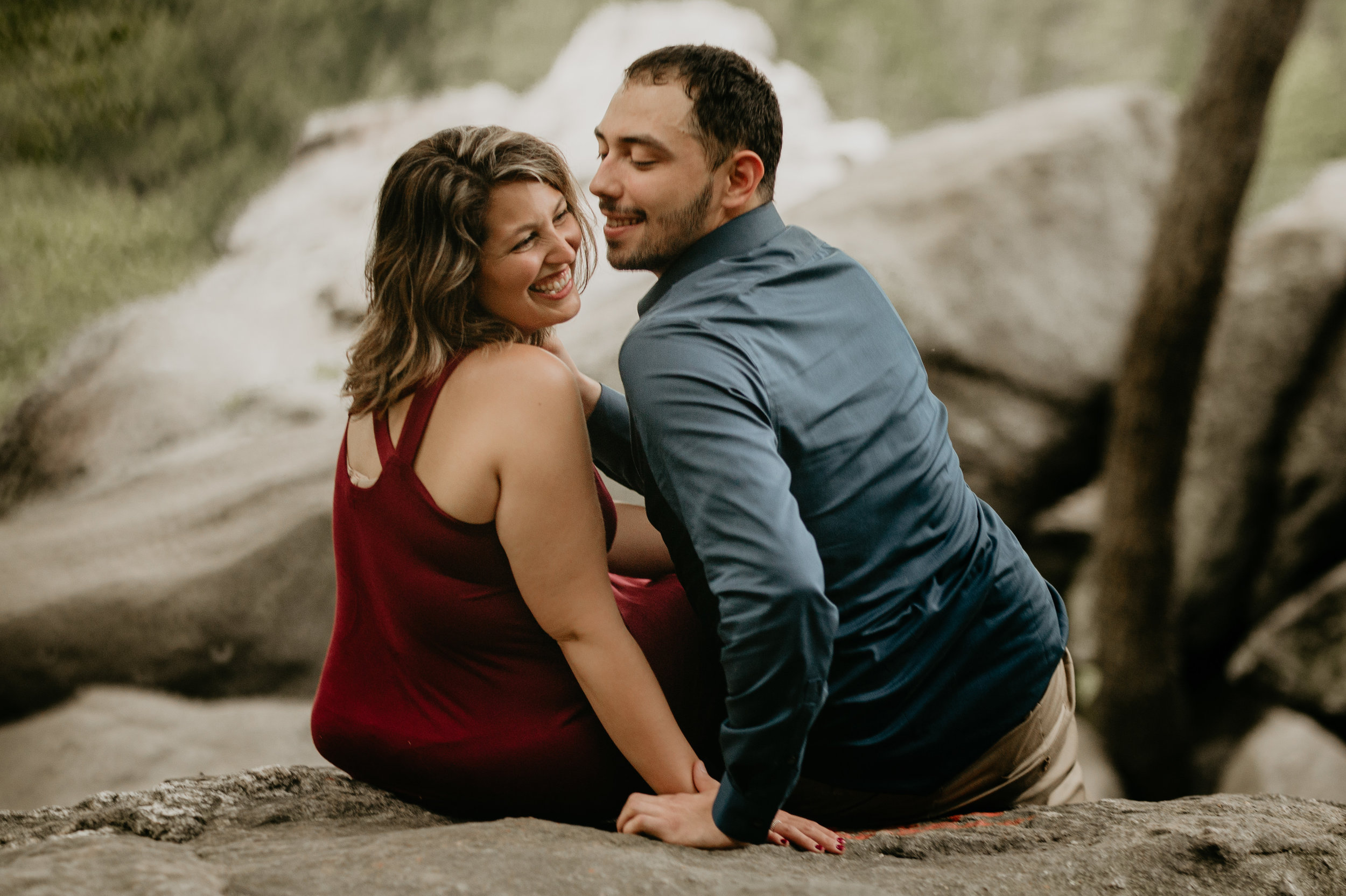 Nicole-Daacke-Photography-rock-state-park-overlook-king-queen-seat-maryland-hiking-adventure-engagement-session-photos-portraits-summer-bel-air-dog-engagement-session-21.jpg