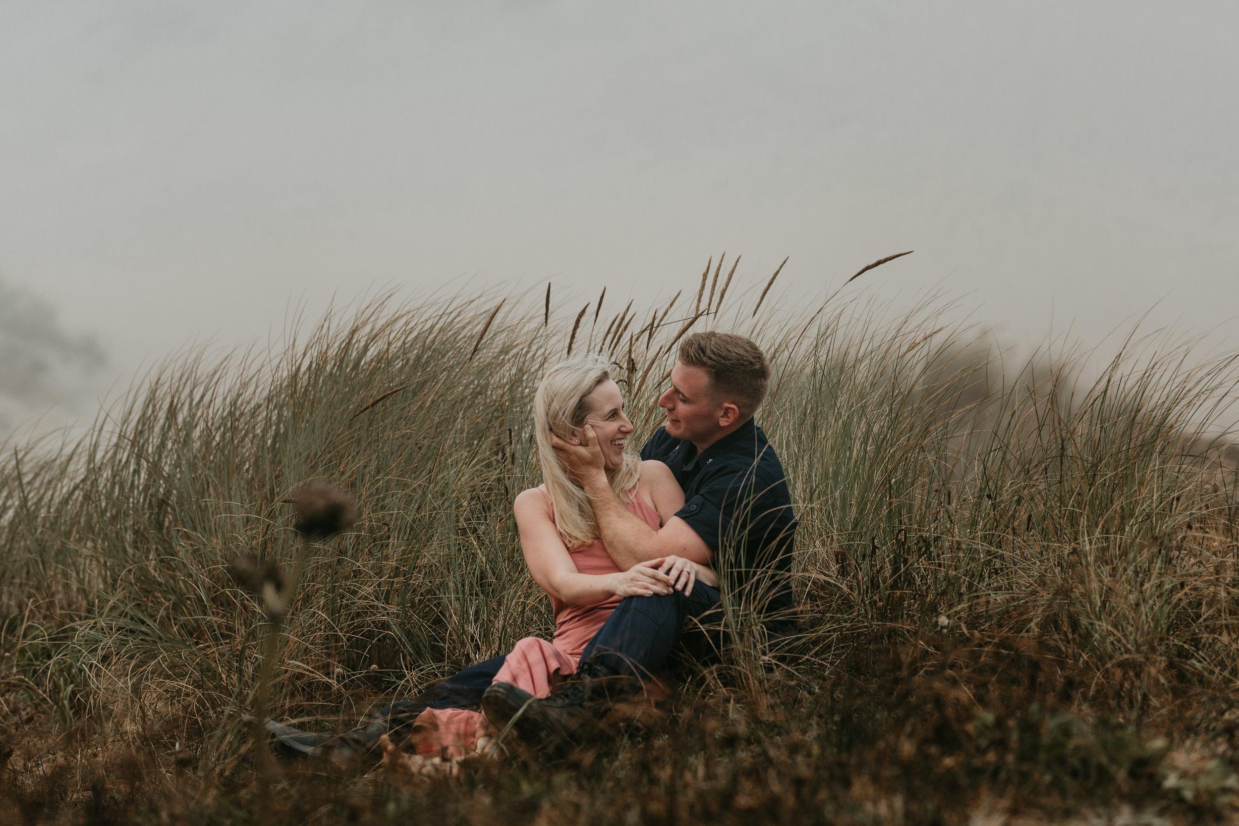 Nicole-daacke-photography-cape-kiwanda-foggy-adventure-session-engagement-session-anniversary-photos-oregon-coast-pacific-city-oregon-elopement-photographer-35.jpg