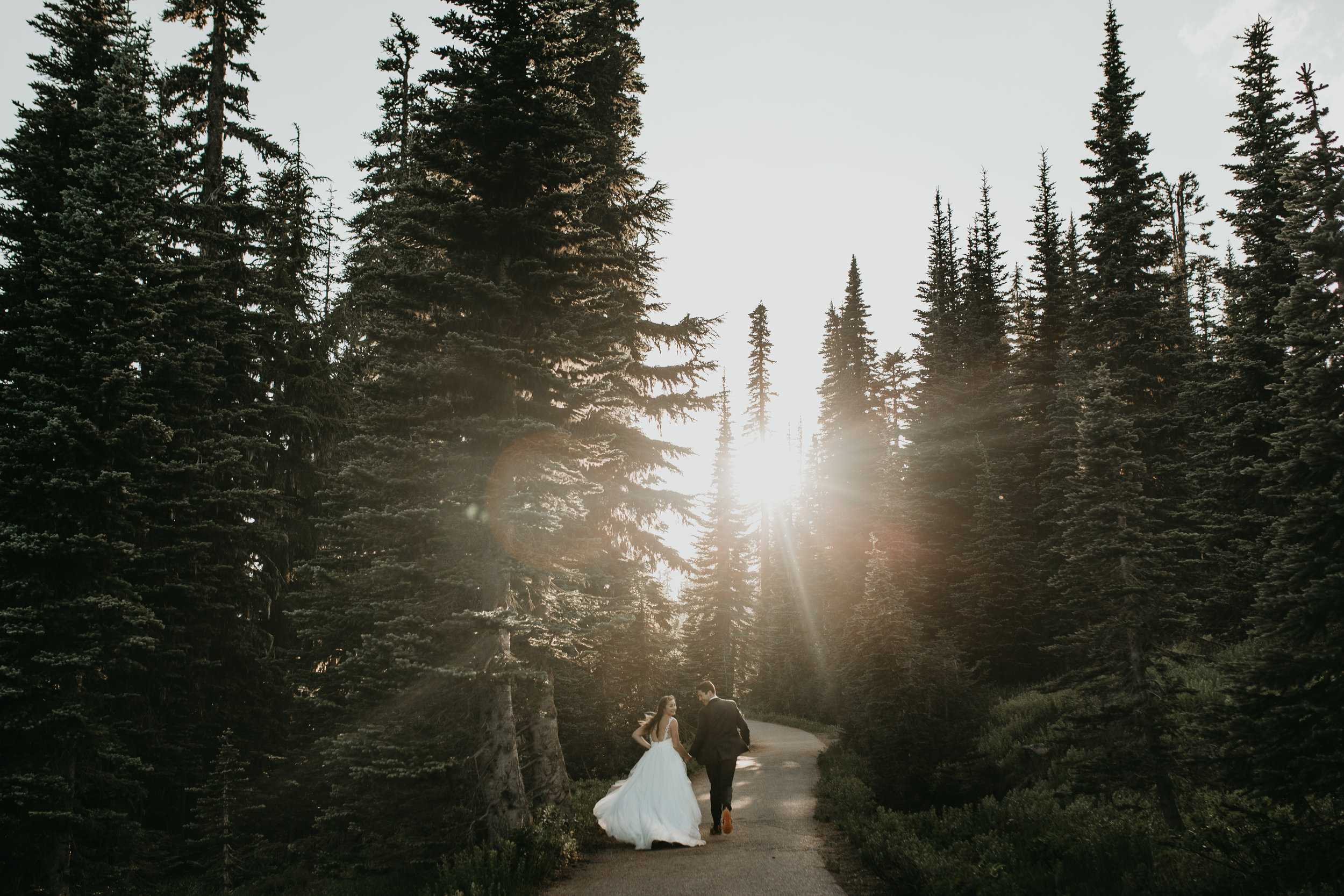 nicole-daacke-photography-adventurous-elopement-traveling-destination-wedding-photographer-national-park-engagement-sessions-7135.jpg
