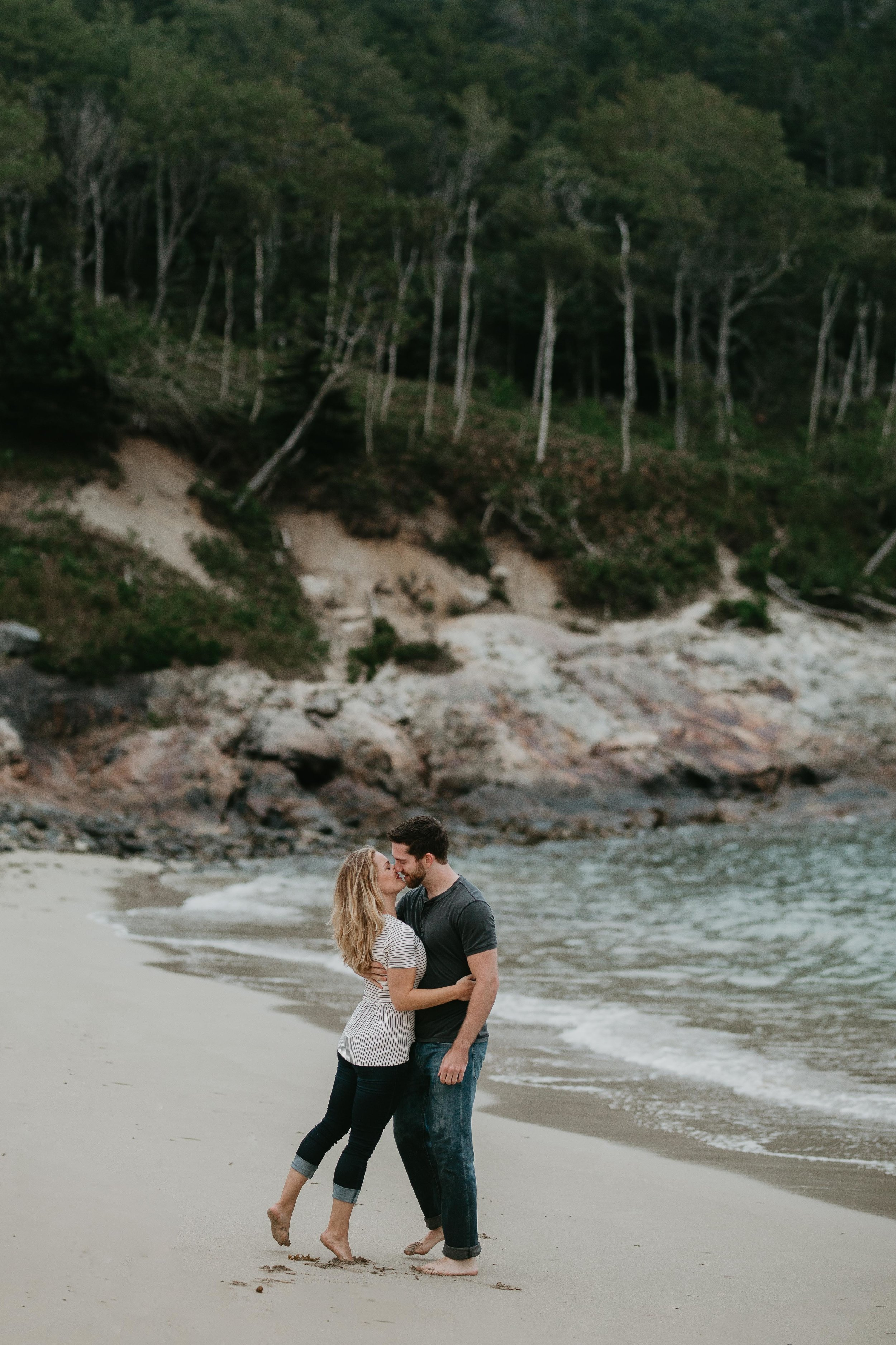 nicole-daacke-photography-acadia-national-park-adventurous-engagement-session-photos-otter-cliffs-forests-coastline-sand-beach-adventure-session-bar-harbor-mt-desert-island-elopement-fall-bass-harbor-lighthouse-wedding-maine-landscape-photographer-5.jpg