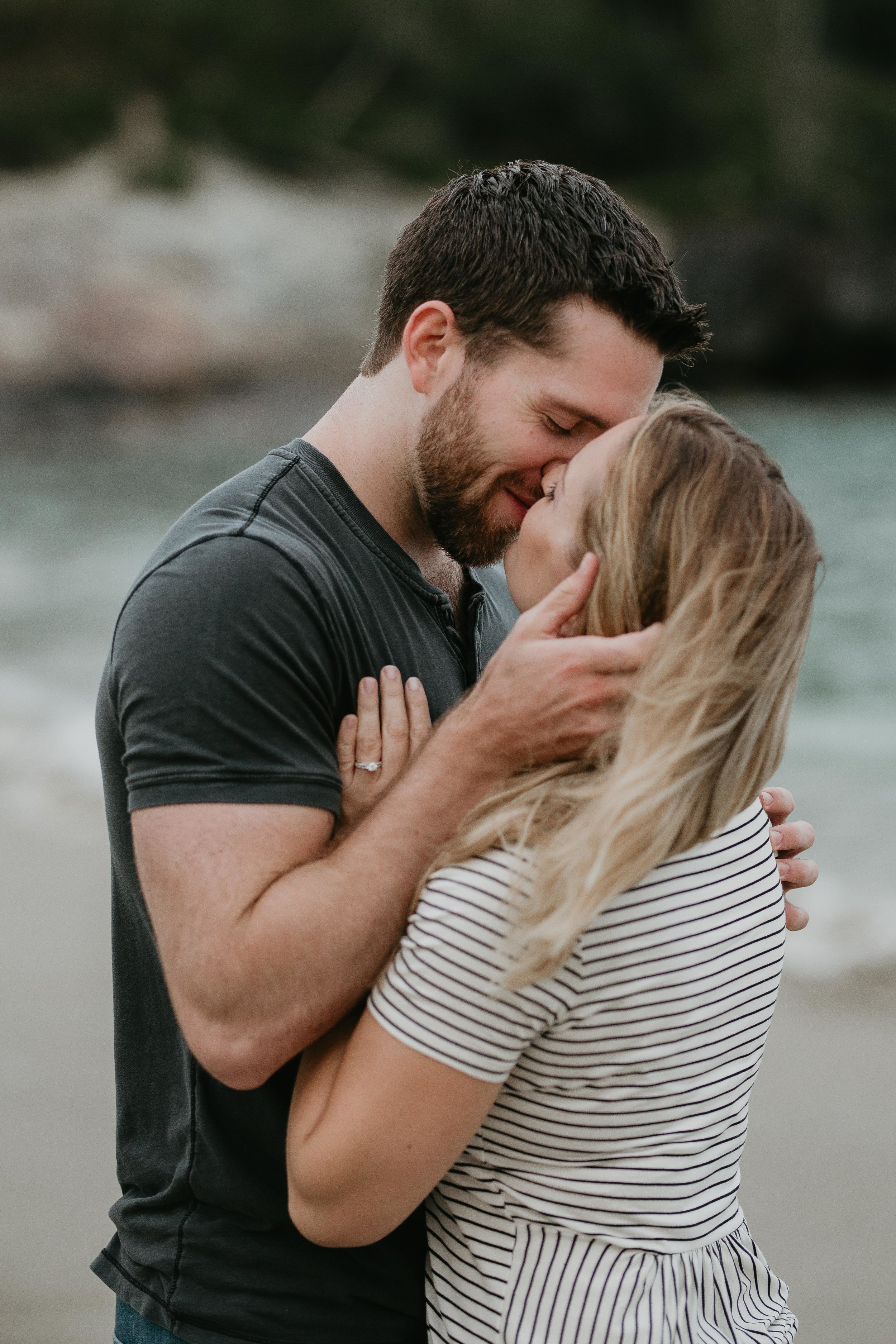 nicole-daacke-photography-acadia-national-park-adventurous-engagement-session-photos-otter-cliffs-forests-coastline-sand-beach-adventure-session-bar-harbor-mt-desert-island-elopement-fall-bass-harbor-lighthouse-wedding-maine-landscape-photographer-6.jpg