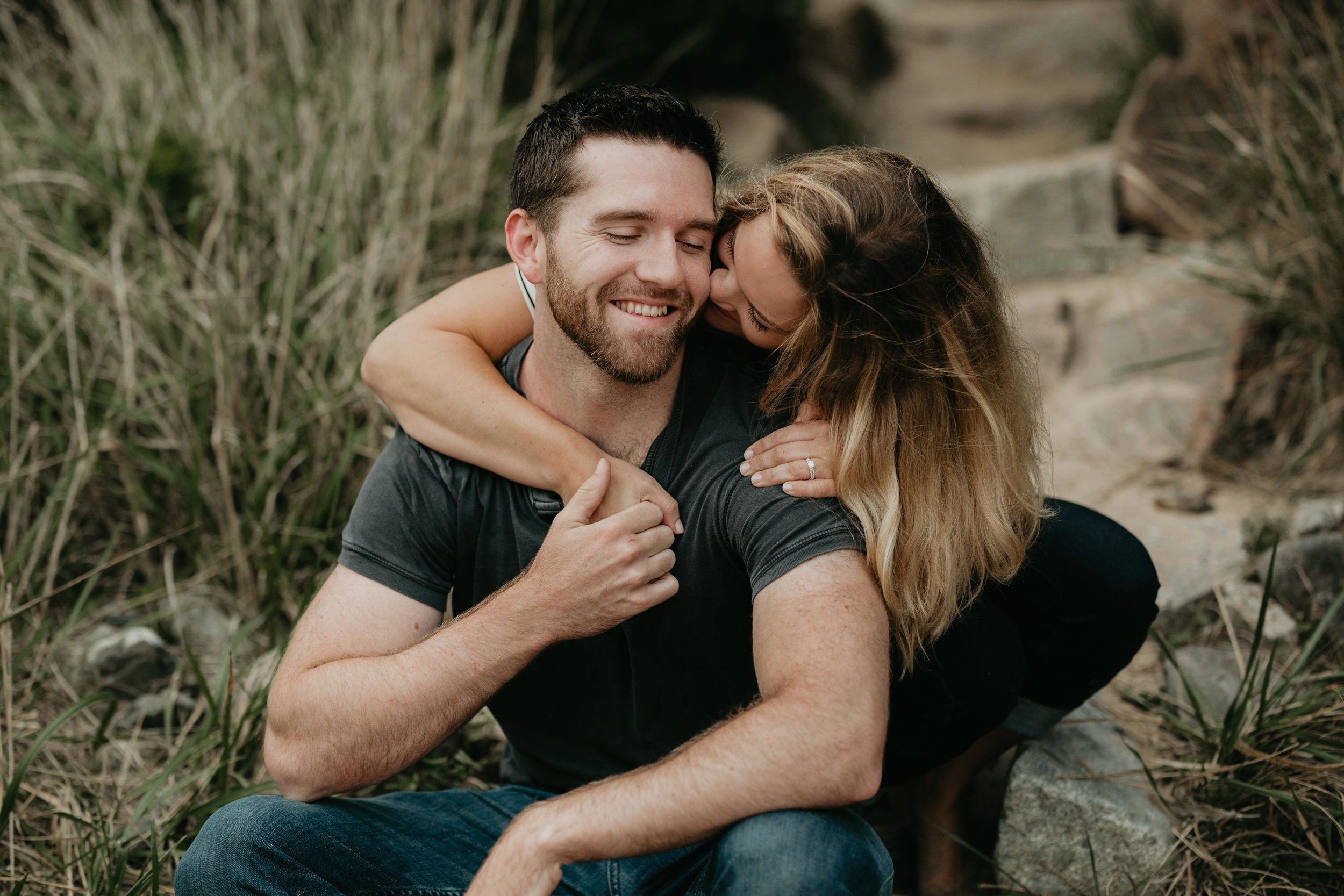 nicole-daacke-photography-acadia-national-park-adventurous-engagement-session-photos-otter-cliffs-forests-coastline-sand-beach-adventure-session-bar-harbor-mt-desert-island-elopement-fall-bass-harbor-lighthouse-wedding-maine-landscape-photographer-11.jpg