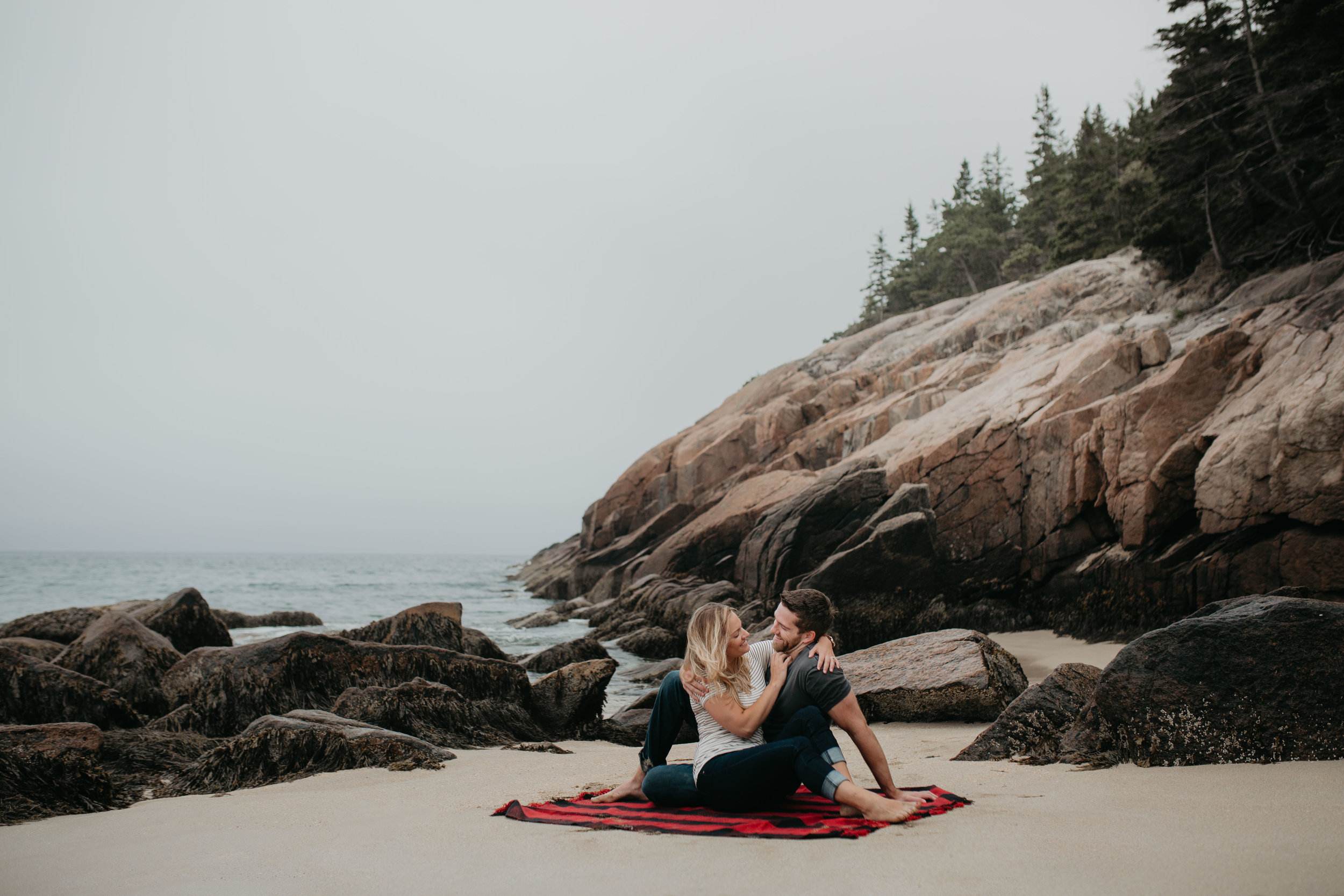 nicole-daacke-photography-acadia-national-park-adventurous-engagement-session-photos-otter-cliffs-forests-coastline-sand-beach-adventure-session-bar-harbor-mt-desert-island-elopement-fall-bass-harbor-lighthouse-wedding-maine-landscape-photographer-12.jpg