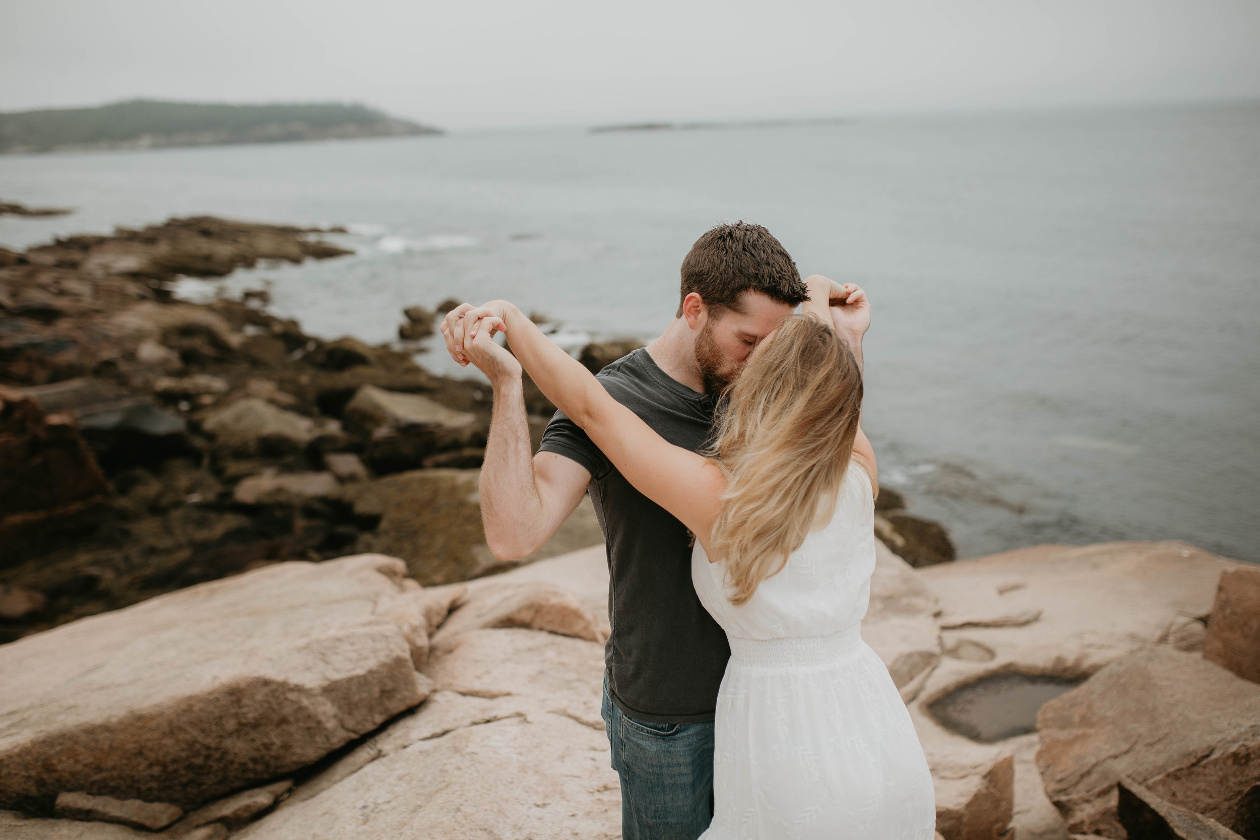 nicole-daacke-photography-acadia-national-park-adventurous-engagement-session-photos-otter-cliffs-forests-coastline-sand-beach-adventure-session-bar-harbor-mt-desert-island-elopement-fall-bass-harbor-lighthouse-wedding-maine-landscape-photographer-26.jpg