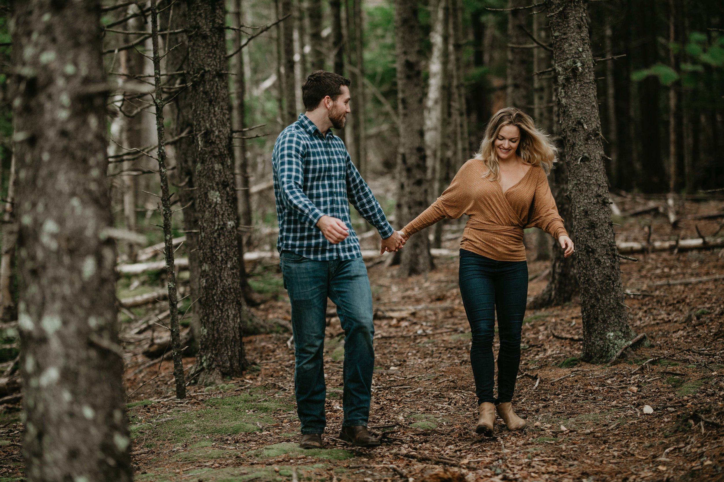 nicole-daacke-photography-acadia-national-park-adventurous-engagement-session-photos-otter-cliffs-forests-coastline-sand-beach-adventure-session-bar-harbor-mt-desert-island-elopement-fall-bass-harbor-lighthouse-wedding-maine-landscape-photographer-48.jpg