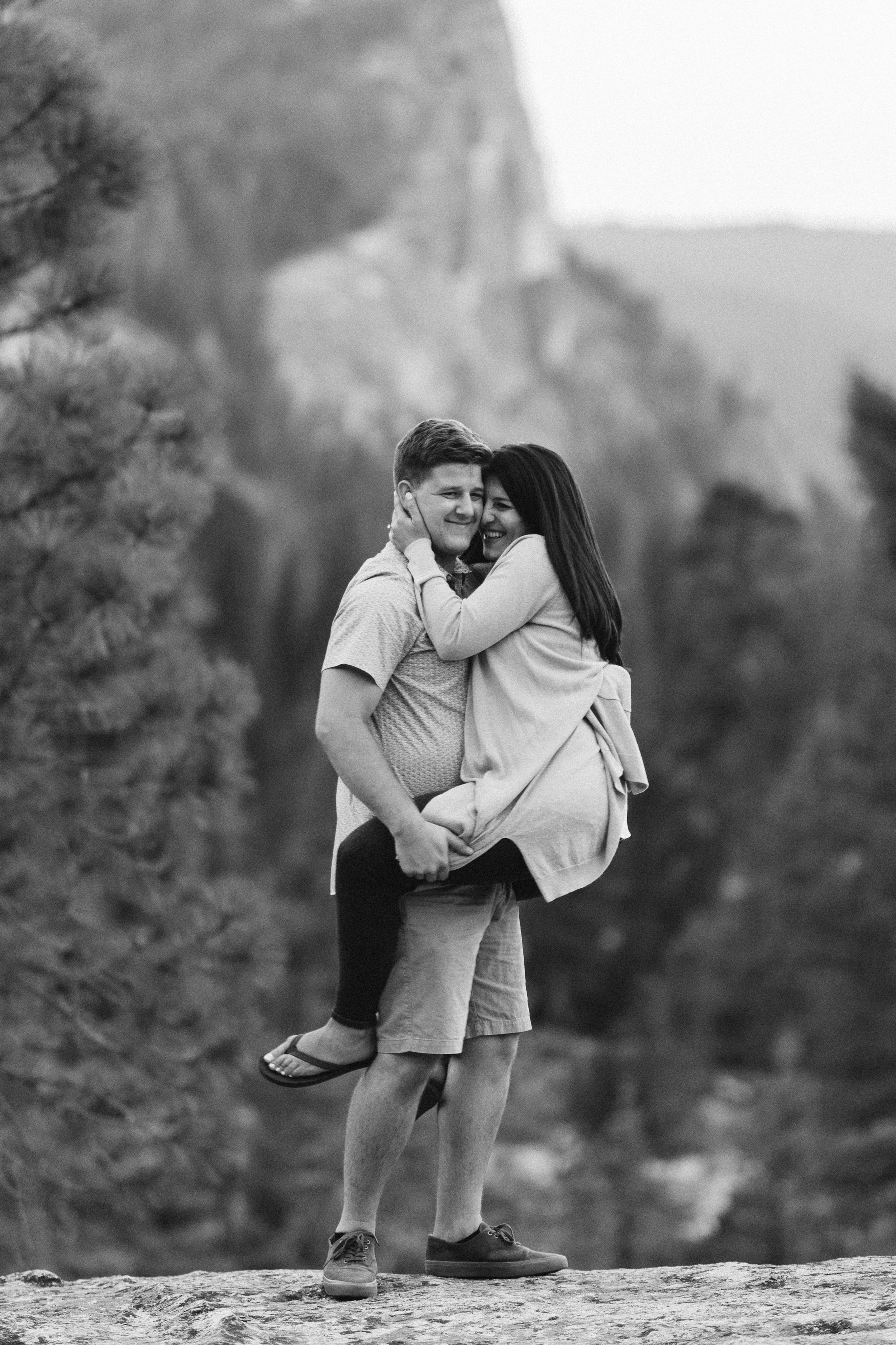 nicole-daacke-photography-fun-adventure-session-waterfall-lake-tahoe-sunset-destination-wedding-photographer-northern-california-elopement-photographer-32.jpg