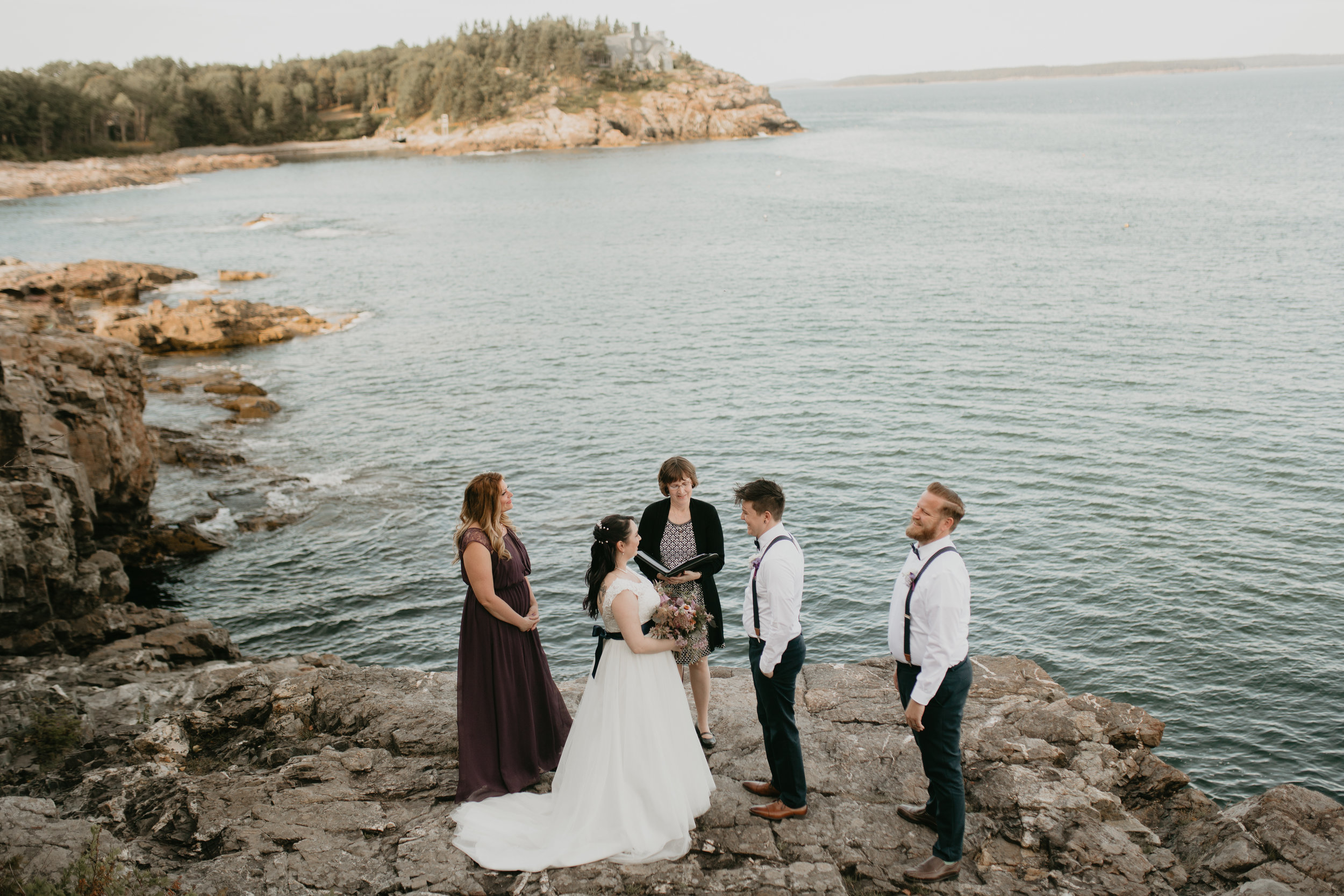 nicole-daacke-photography-Elopement-rocky-shoreline-coast-Acadia-National-Park-elopement-photographer-inspiration-maine-elopement-otter-cliffs-schoonic-head-point-14.jpg