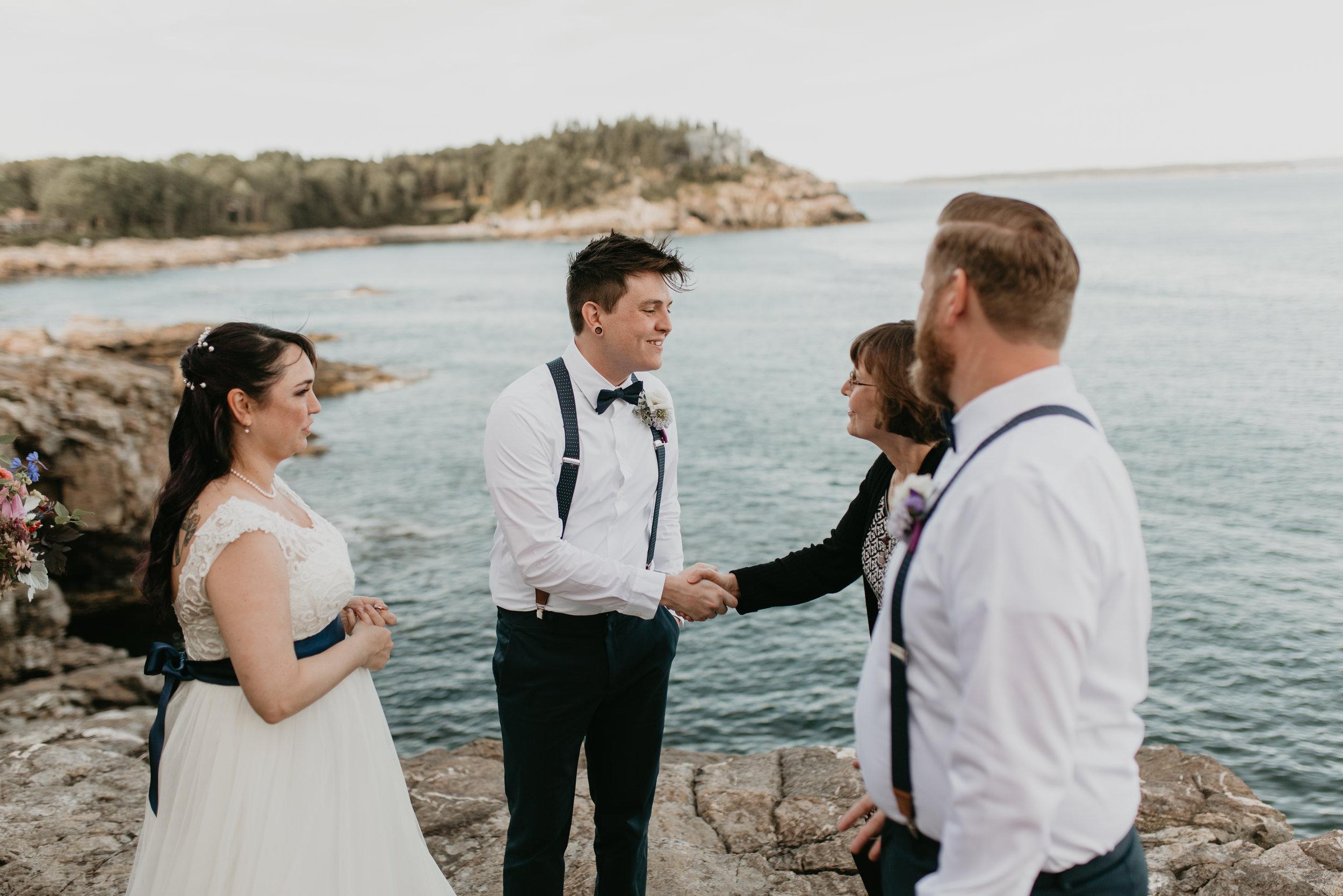 nicole-daacke-photography-Elopement-rocky-shoreline-coast-Acadia-National-Park-elopement-photographer-inspiration-maine-elopement-otter-cliffs-schoonic-head-point-27.jpg