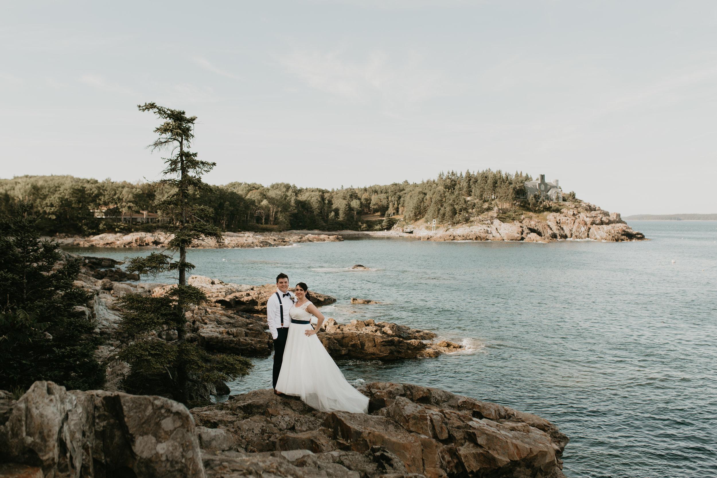 nicole-daacke-photography-Elopement-rocky-shoreline-coast-Acadia-National-Park-elopement-photographer-inspiration-maine-elopement-otter-cliffs-schoonic-head-point-32.jpg