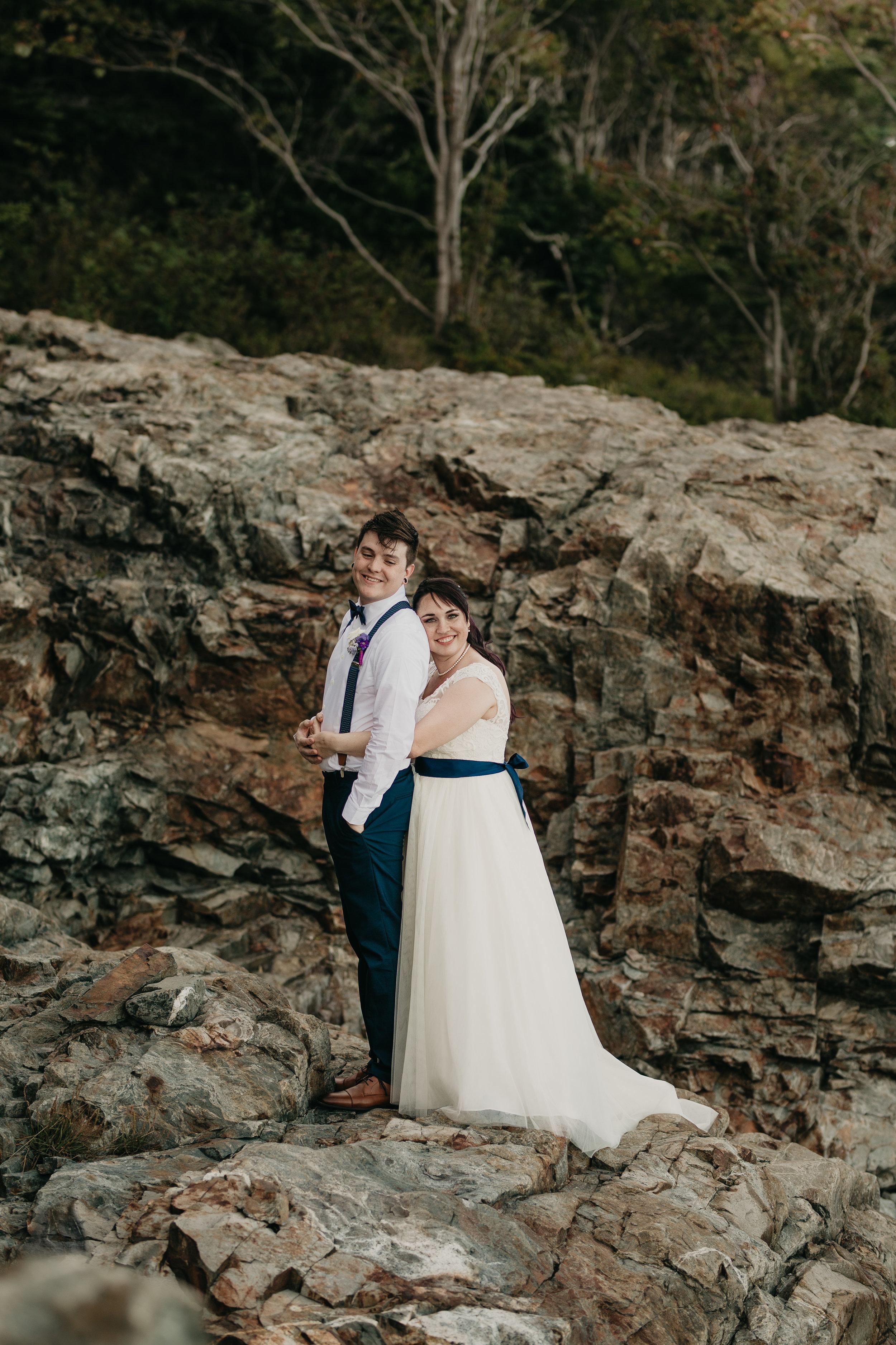nicole-daacke-photography-Elopement-rocky-shoreline-coast-Acadia-National-Park-elopement-photographer-inspiration-maine-elopement-otter-cliffs-schoonic-head-point-37.jpg