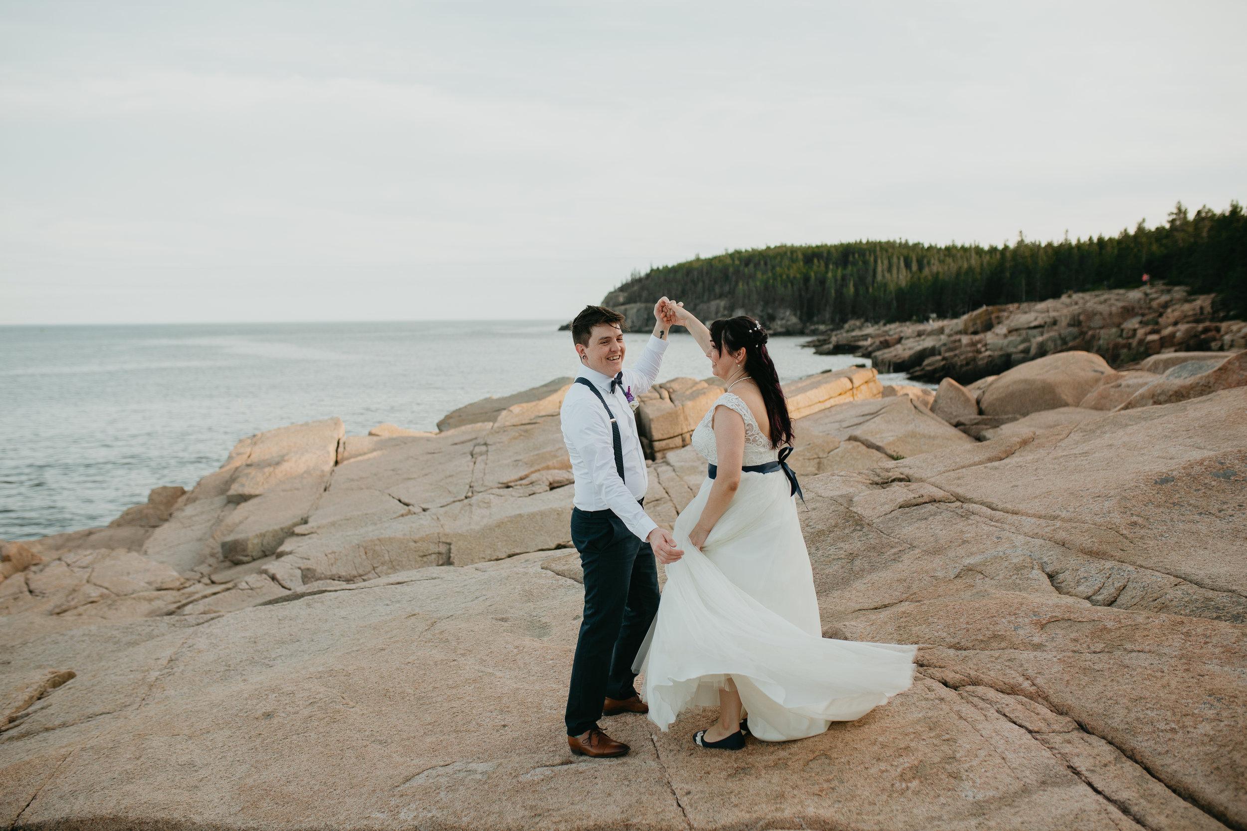 nicole-daacke-photography-Elopement-rocky-shoreline-coast-Acadia-National-Park-elopement-photographer-inspiration-maine-elopement-otter-cliffs-schoonic-head-point-51.jpg