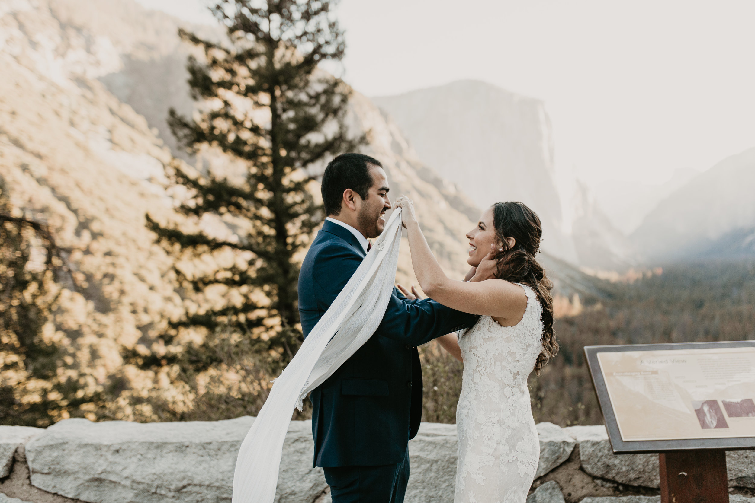 nicole-daacke-photography-intimate-elopement-wedding-yosemite-national-park-california-taft-point-sunset-photos-yosemite-valley-tunnel-view-first-look-sunrise-golden-granite-hiking-adventure-wedding-adventurous-elopement-photographer-3.jpg