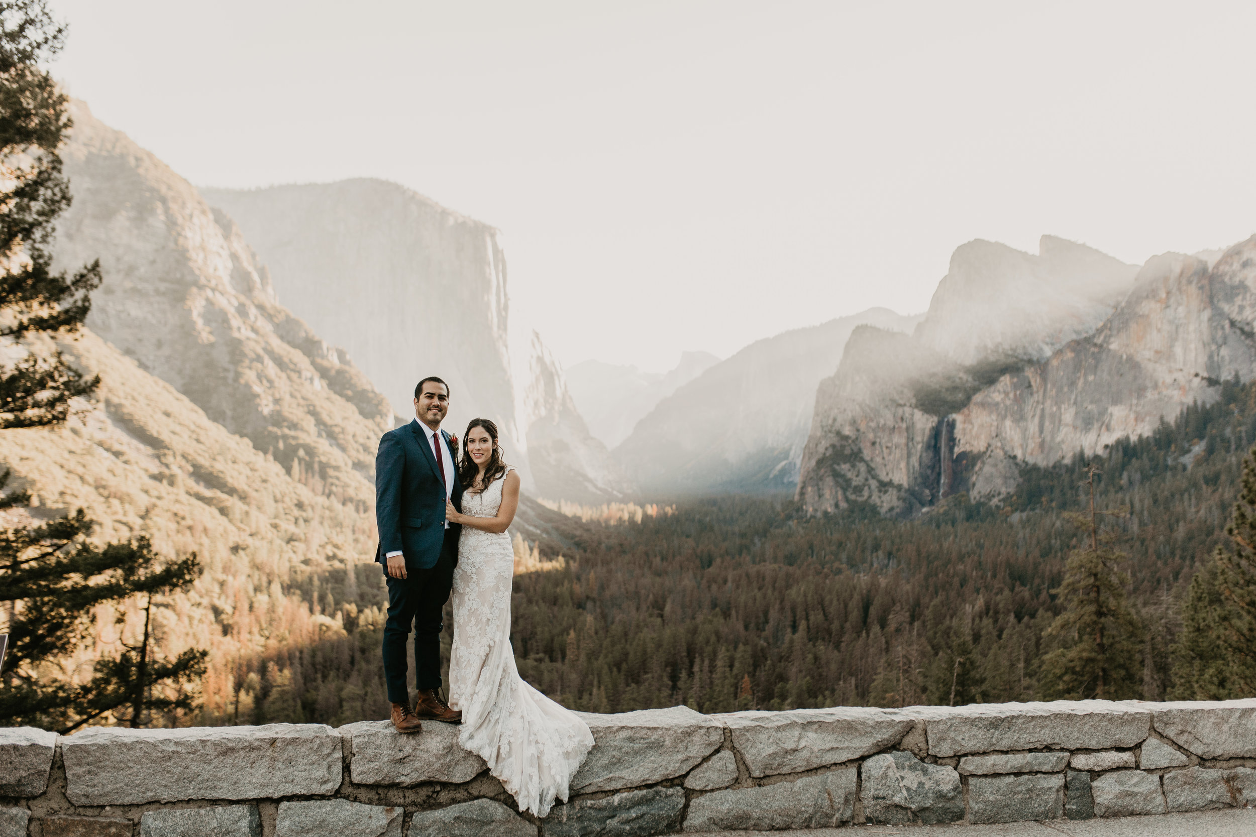 nicole-daacke-photography-intimate-elopement-wedding-yosemite-national-park-california-taft-point-sunset-photos-yosemite-valley-tunnel-view-first-look-sunrise-golden-granite-hiking-adventure-wedding-adventurous-elopement-photographer-5.jpg
