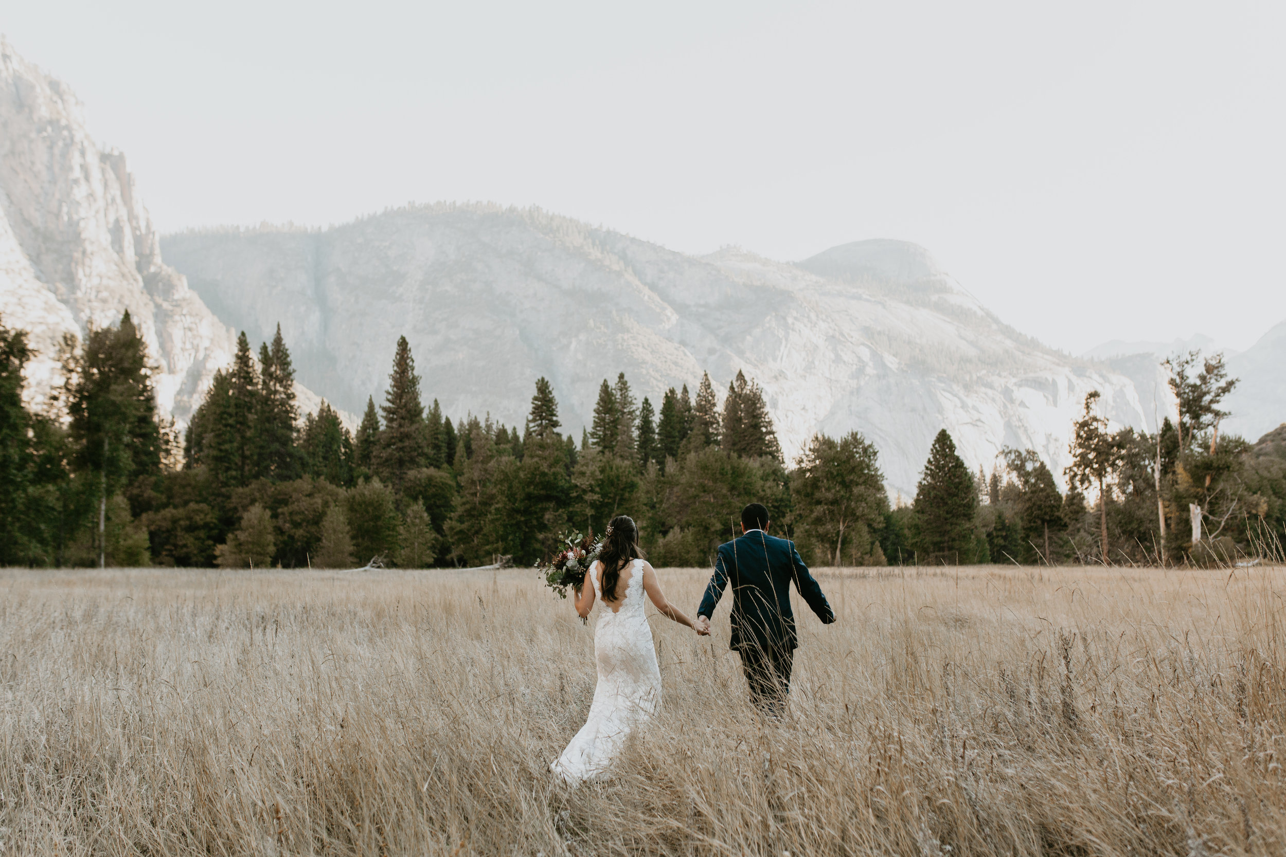 nicole-daacke-photography-intimate-elopement-wedding-yosemite-national-park-california-taft-point-sunset-photos-yosemite-valley-tunnel-view-first-look-sunrise-golden-granite-hiking-adventure-wedding-adventurous-elopement-photographer-12.jpg