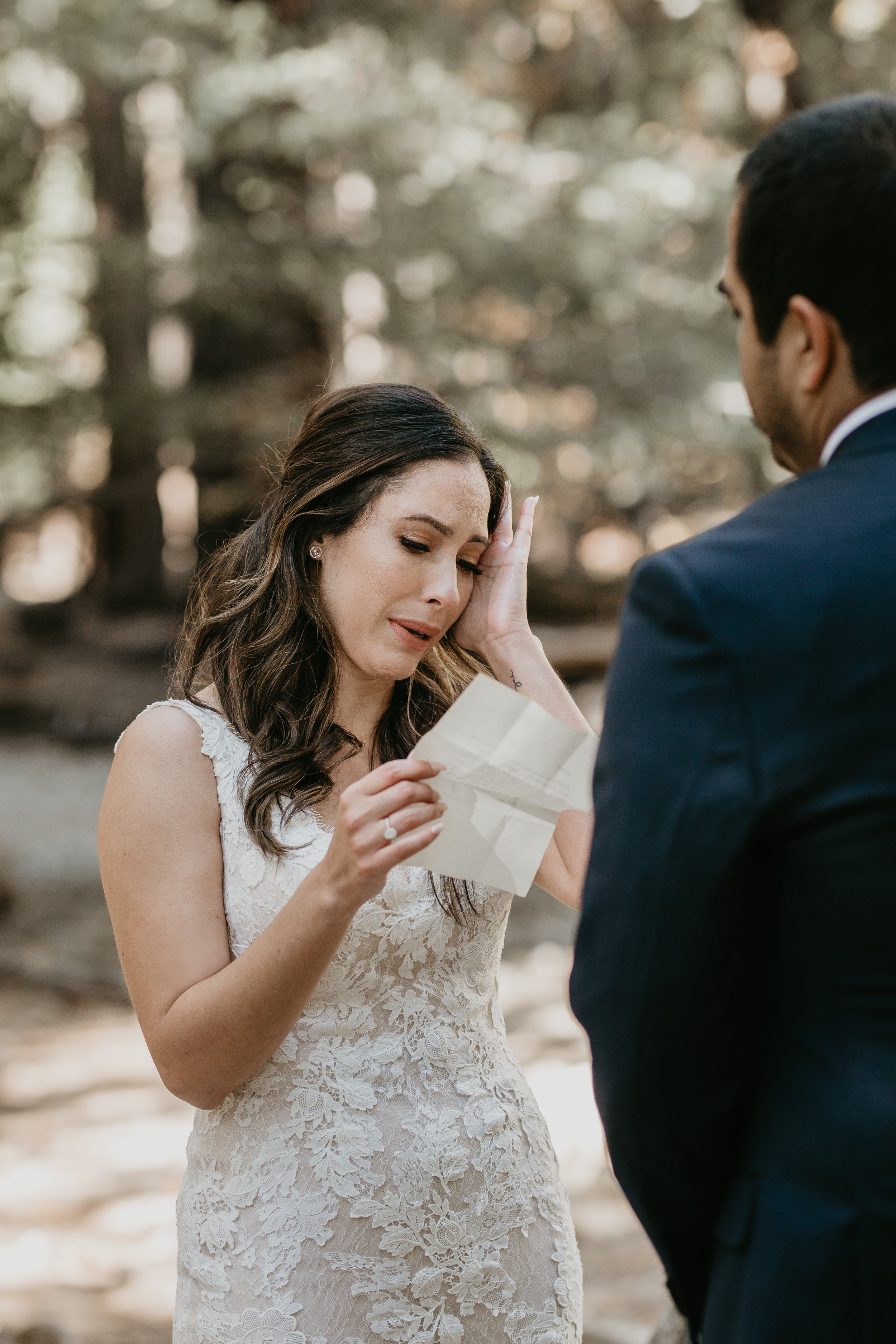 nicole-daacke-photography-intimate-elopement-wedding-yosemite-national-park-california-taft-point-sunset-photos-yosemite-valley-tunnel-view-first-look-sunrise-golden-granite-hiking-adventure-wedding-adventurous-elopement-photographer-49.jpg