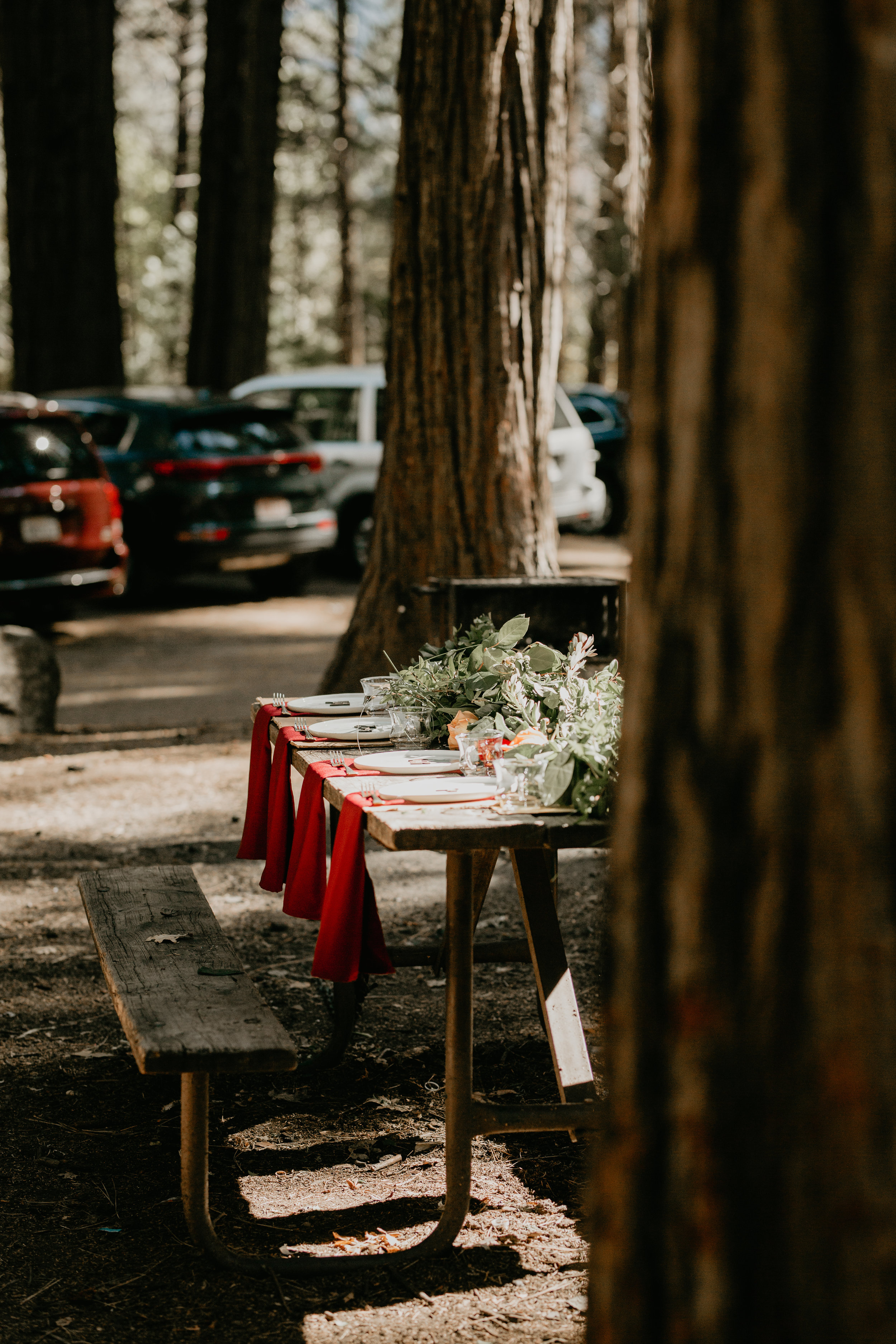 nicole-daacke-photography-intimate-elopement-wedding-yosemite-national-park-california-taft-point-sunset-photos-yosemite-valley-tunnel-view-first-look-sunrise-golden-granite-hiking-adventure-wedding-adventurous-elopement-photographer-66.jpg
