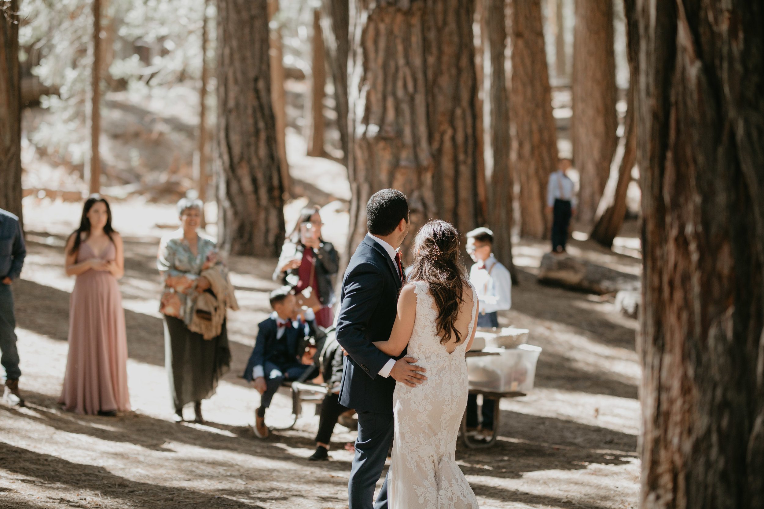 nicole-daacke-photography-intimate-elopement-wedding-yosemite-national-park-california-taft-point-sunset-photos-yosemite-valley-tunnel-view-first-look-sunrise-golden-granite-hiking-adventure-wedding-adventurous-elopement-photographer-78.jpg