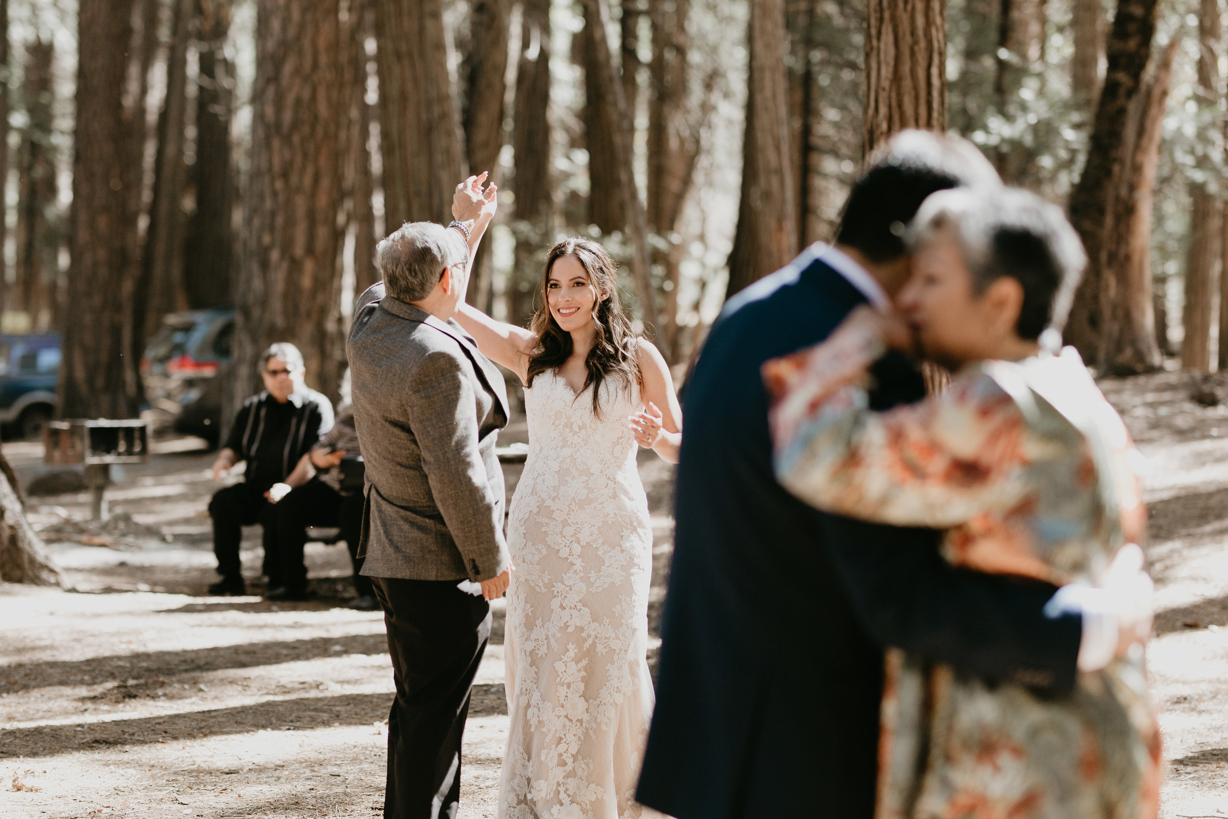 nicole-daacke-photography-intimate-elopement-wedding-yosemite-national-park-california-taft-point-sunset-photos-yosemite-valley-tunnel-view-first-look-sunrise-golden-granite-hiking-adventure-wedding-adventurous-elopement-photographer-85.jpg
