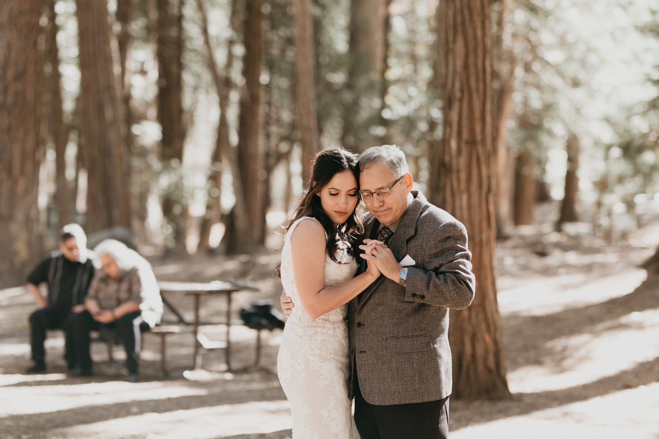 nicole-daacke-photography-intimate-elopement-wedding-yosemite-national-park-california-taft-point-sunset-photos-yosemite-valley-tunnel-view-first-look-sunrise-golden-granite-hiking-adventure-wedding-adventurous-elopement-photographer-86.jpg