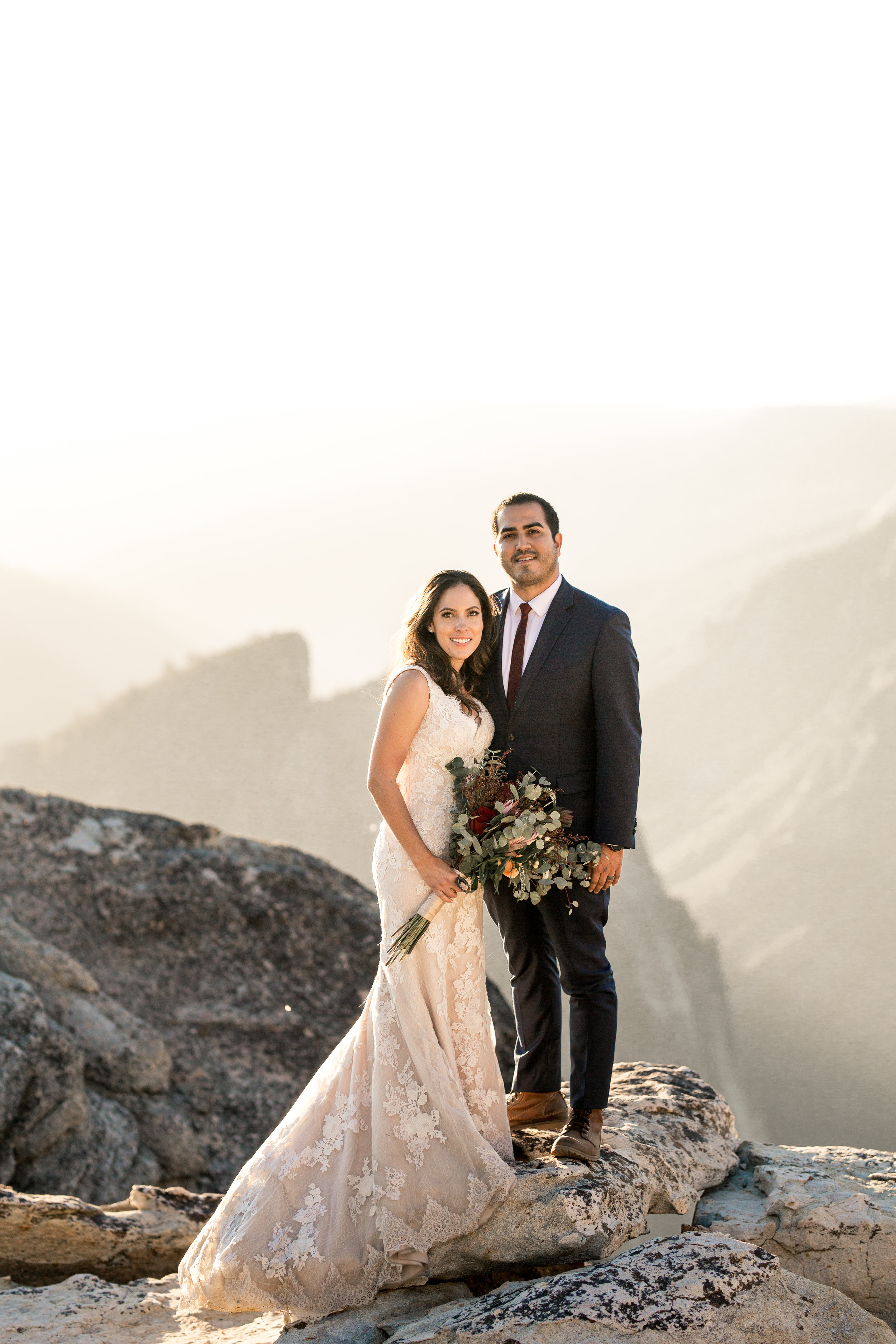 nicole-daacke-photography-intimate-elopement-wedding-yosemite-national-park-california-taft-point-sunset-photos-yosemite-valley-tunnel-view-first-look-sunrise-golden-granite-hiking-adventure-wedding-adventurous-elopement-photographer-91.jpg