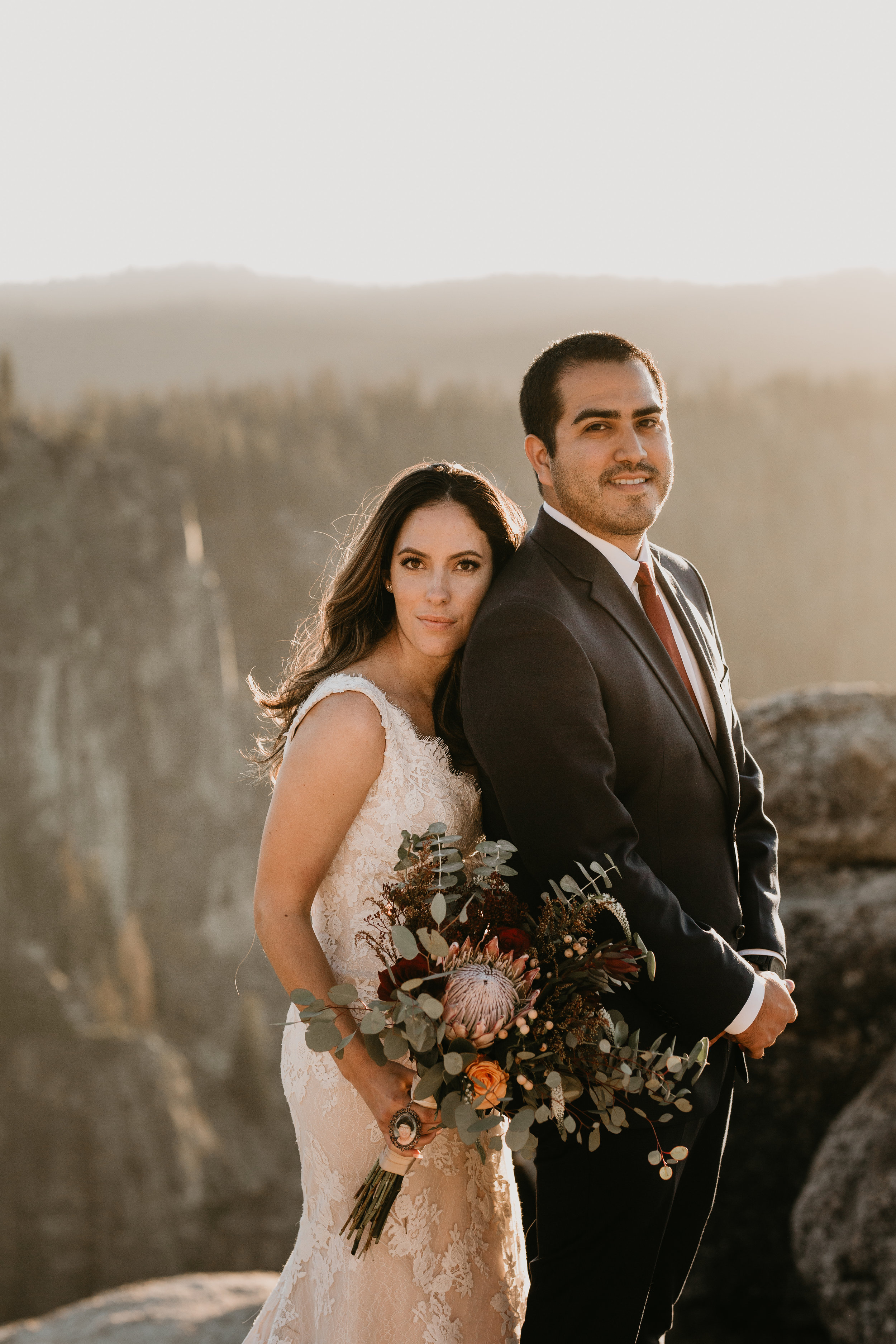 nicole-daacke-photography-intimate-elopement-wedding-yosemite-national-park-california-taft-point-sunset-photos-yosemite-valley-tunnel-view-first-look-sunrise-golden-granite-hiking-adventure-wedding-adventurous-elopement-photographer-98.jpg