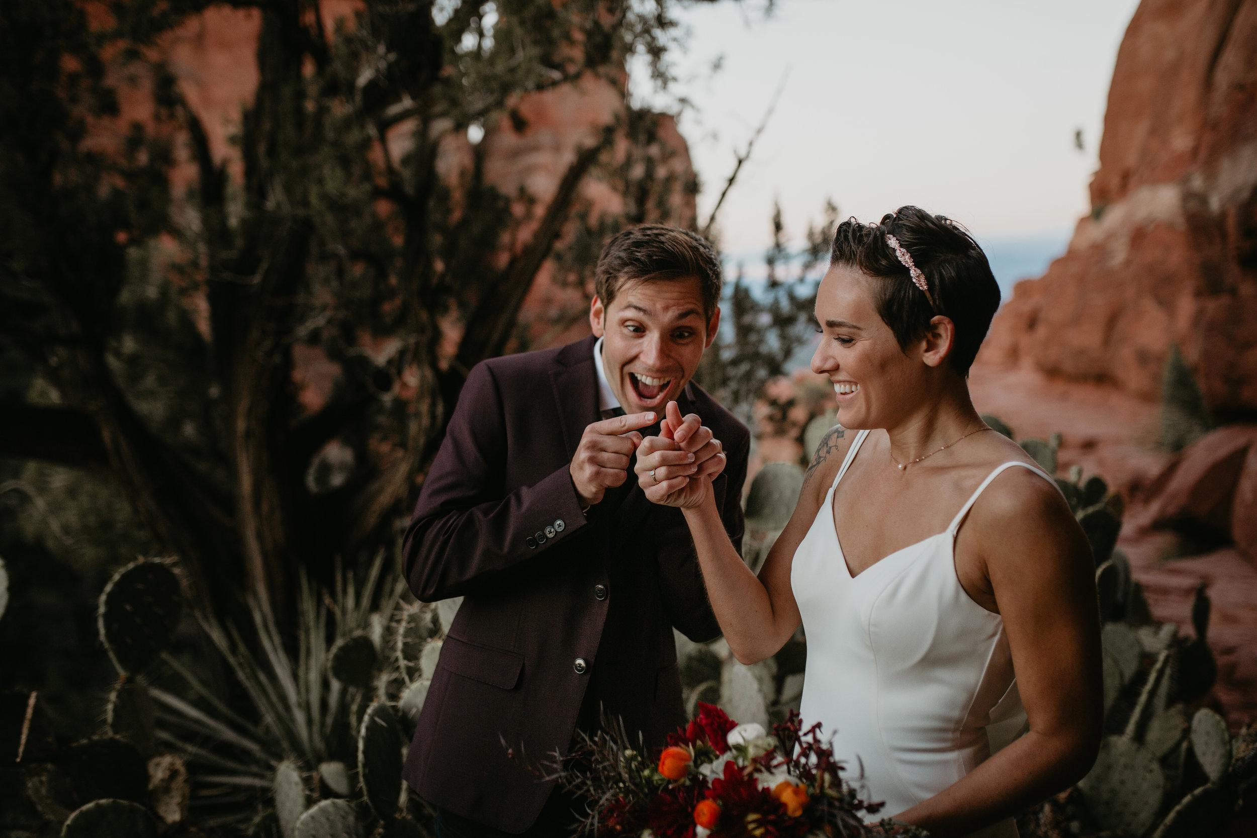 nicole-daacke-photography-sedona-arizona-destination-elopement-wedding-photographer-catherdral-rock-hiking-elopement-sedona-river-elopement-photos-desert-rock-wedding-photographer-laid-back-spontaneous-elopement-25.jpg