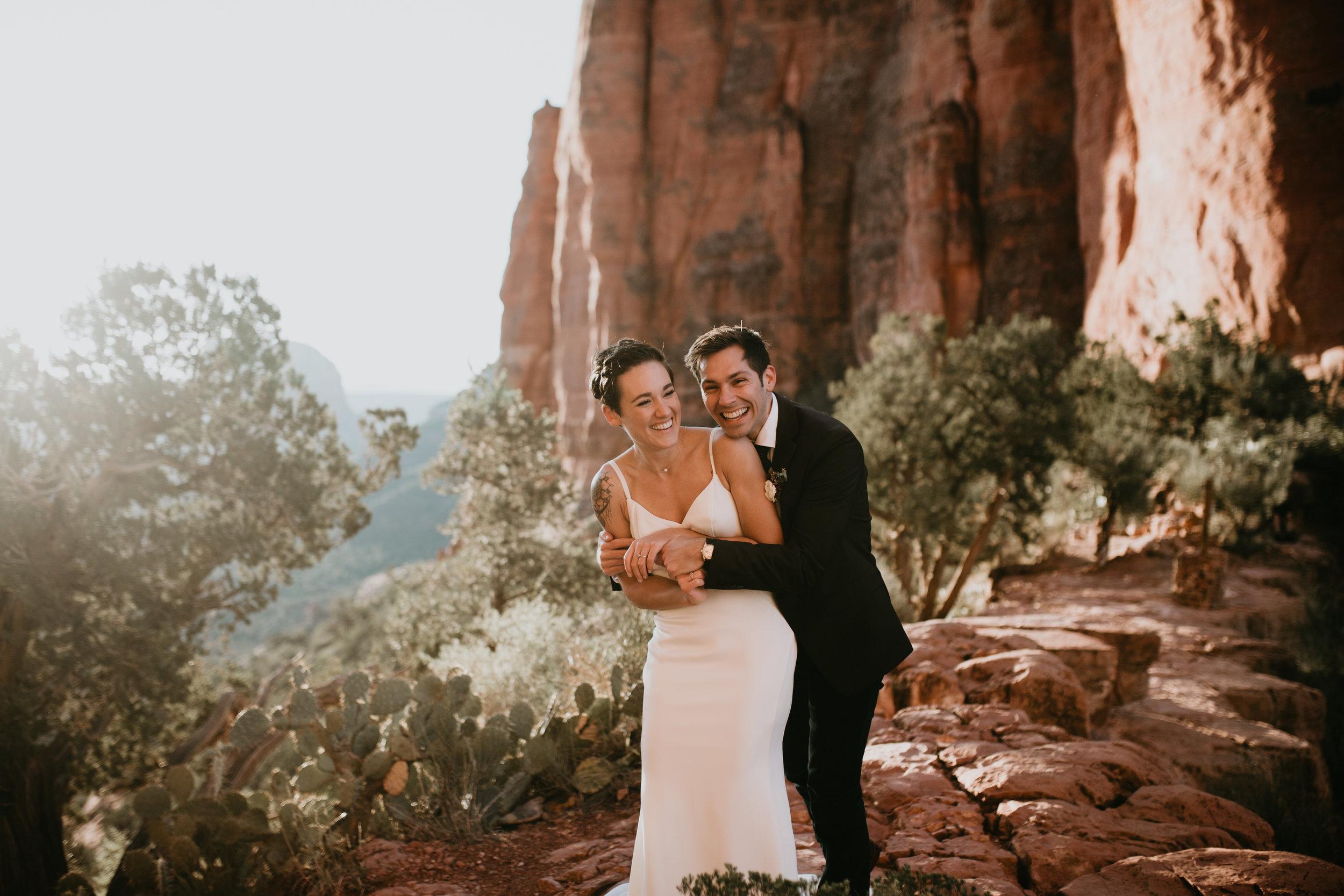 nicole-daacke-photography-sedona-arizona-destination-elopement-wedding-photographer-catherdral-rock-hiking-elopement-sedona-river-elopement-photos-desert-rock-wedding-photographer-laid-back-spontaneous-elopement-51.jpg
