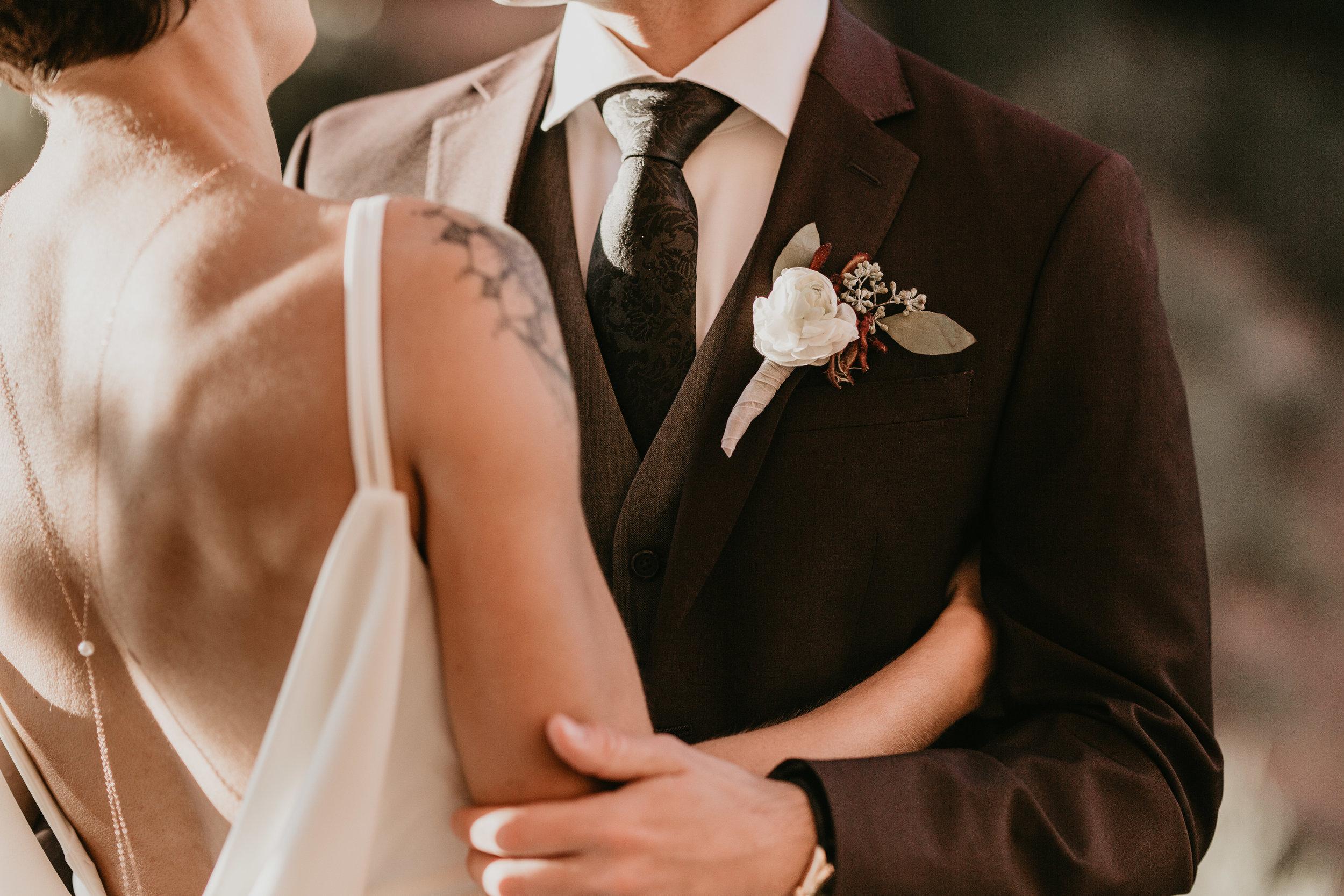 nicole-daacke-photography-sedona-arizona-destination-elopement-wedding-photographer-catherdral-rock-hiking-elopement-sedona-river-elopement-photos-desert-rock-wedding-photographer-laid-back-spontaneous-elopement-56.jpg