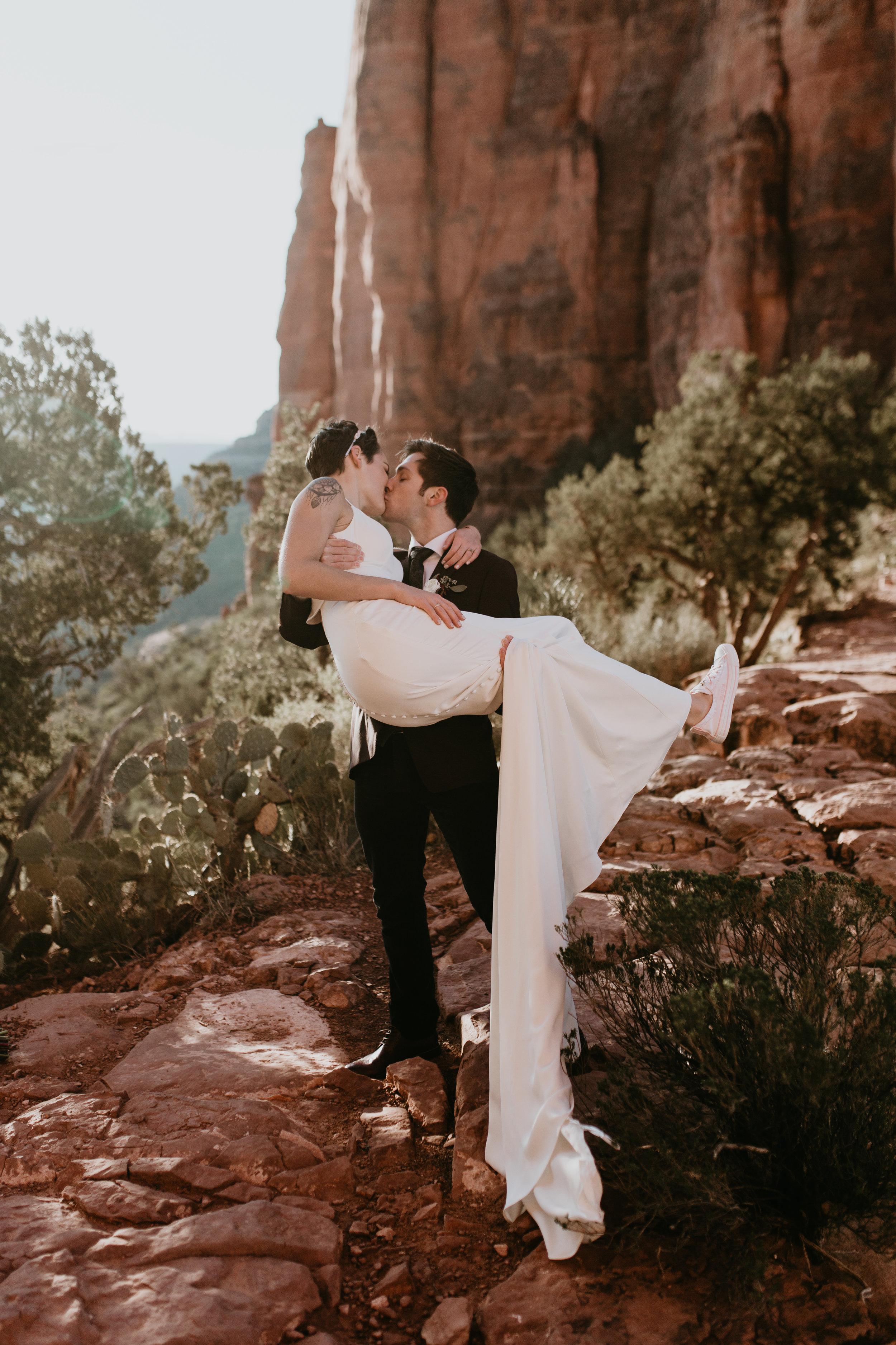 nicole-daacke-photography-sedona-arizona-destination-elopement-wedding-photographer-catherdral-rock-hiking-elopement-sedona-river-elopement-photos-desert-rock-wedding-photographer-laid-back-spontaneous-elopement-55.jpg