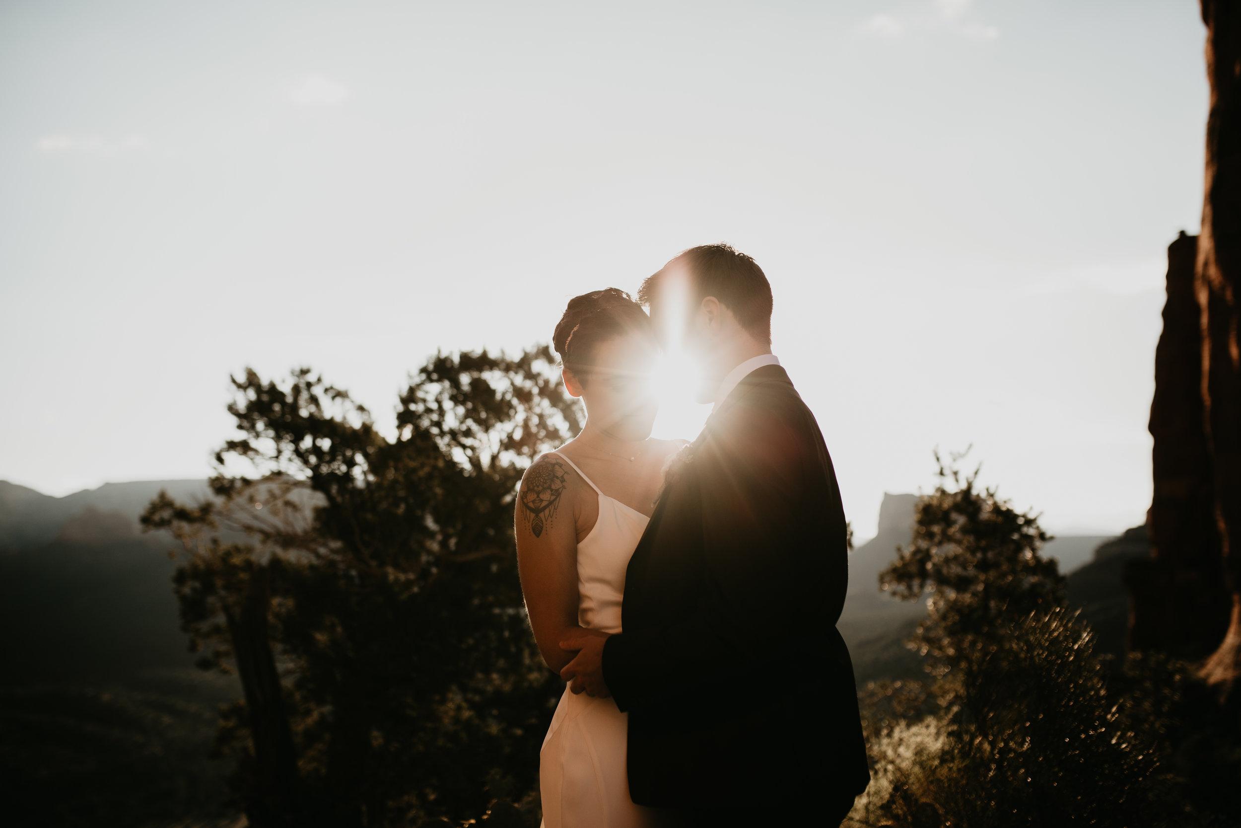 nicole-daacke-photography-sedona-arizona-destination-elopement-wedding-photographer-catherdral-rock-hiking-elopement-sedona-river-elopement-photos-desert-rock-wedding-photographer-laid-back-spontaneous-elopement-59.jpg