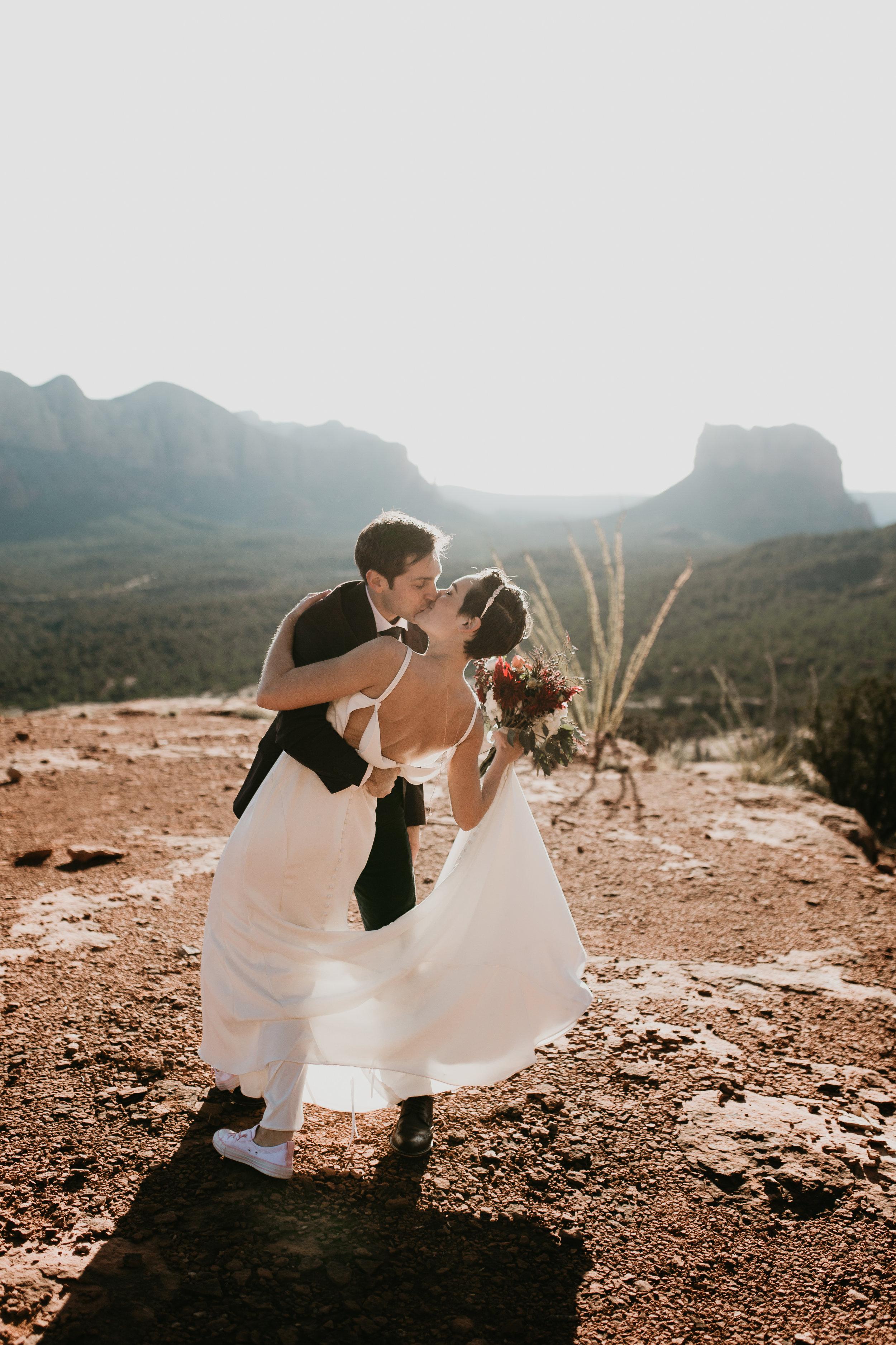 nicole-daacke-photography-sedona-arizona-destination-elopement-wedding-photographer-catherdral-rock-hiking-elopement-sedona-river-elopement-photos-desert-rock-wedding-photographer-laid-back-spontaneous-elopement-68.jpg