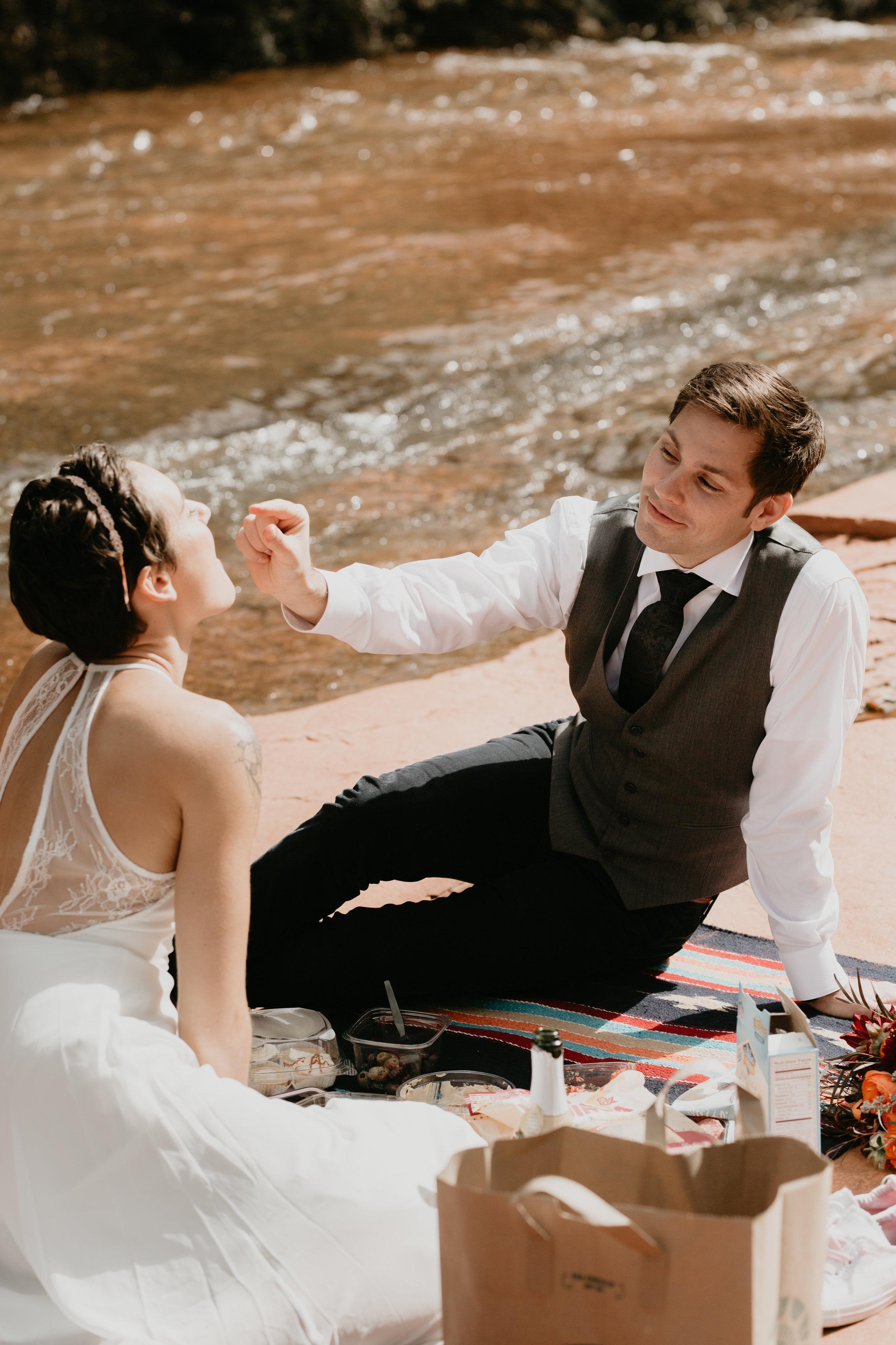 nicole-daacke-photography-sedona-arizona-destination-elopement-wedding-photographer-catherdral-rock-hiking-elopement-sedona-river-elopement-photos-desert-rock-wedding-photographer-laid-back-spontaneous-elopement-102.jpg