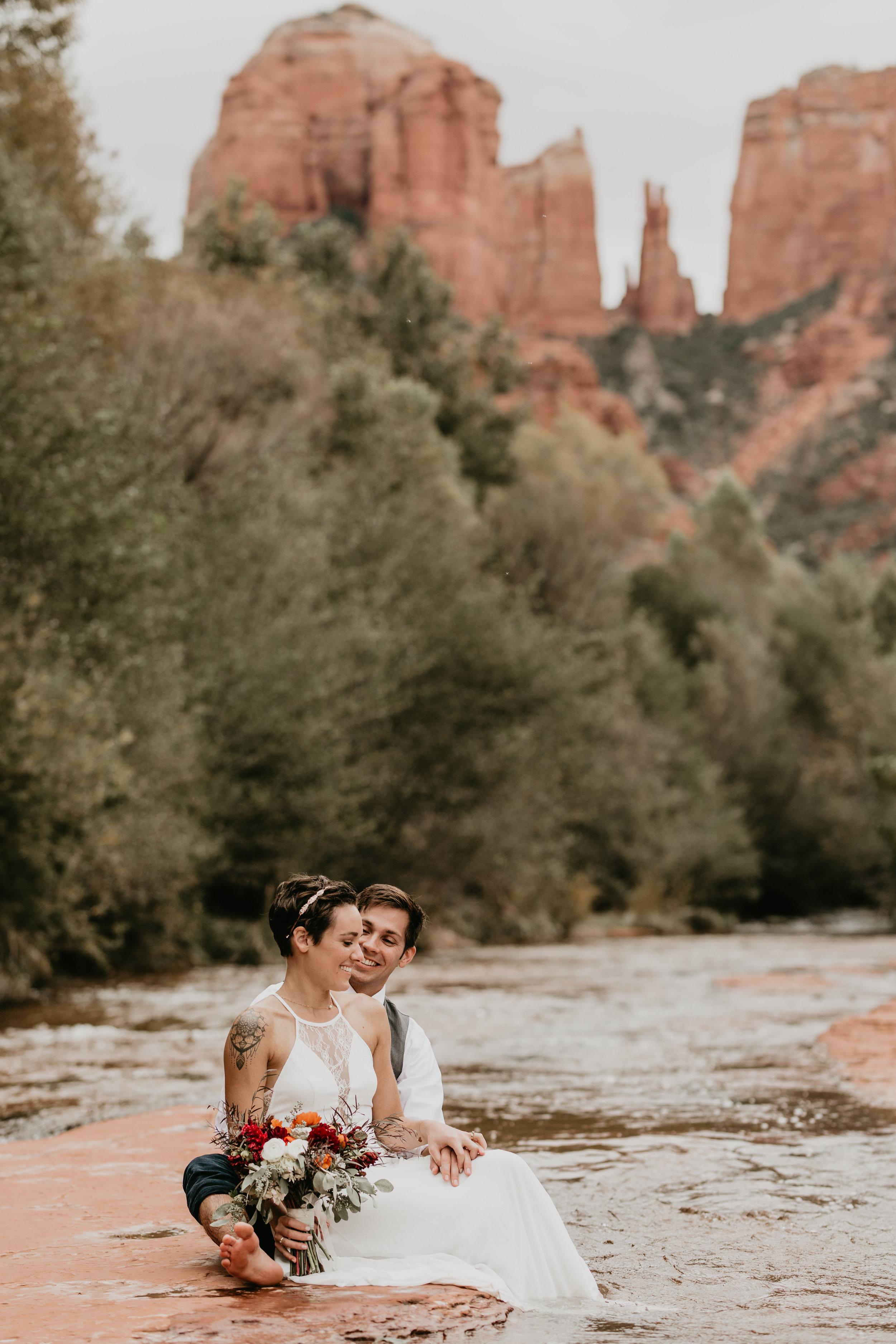 nicole-daacke-photography-sedona-arizona-destination-elopement-wedding-photographer-catherdral-rock-hiking-elopement-sedona-river-elopement-photos-desert-rock-wedding-photographer-laid-back-spontaneous-elopement-110.jpg
