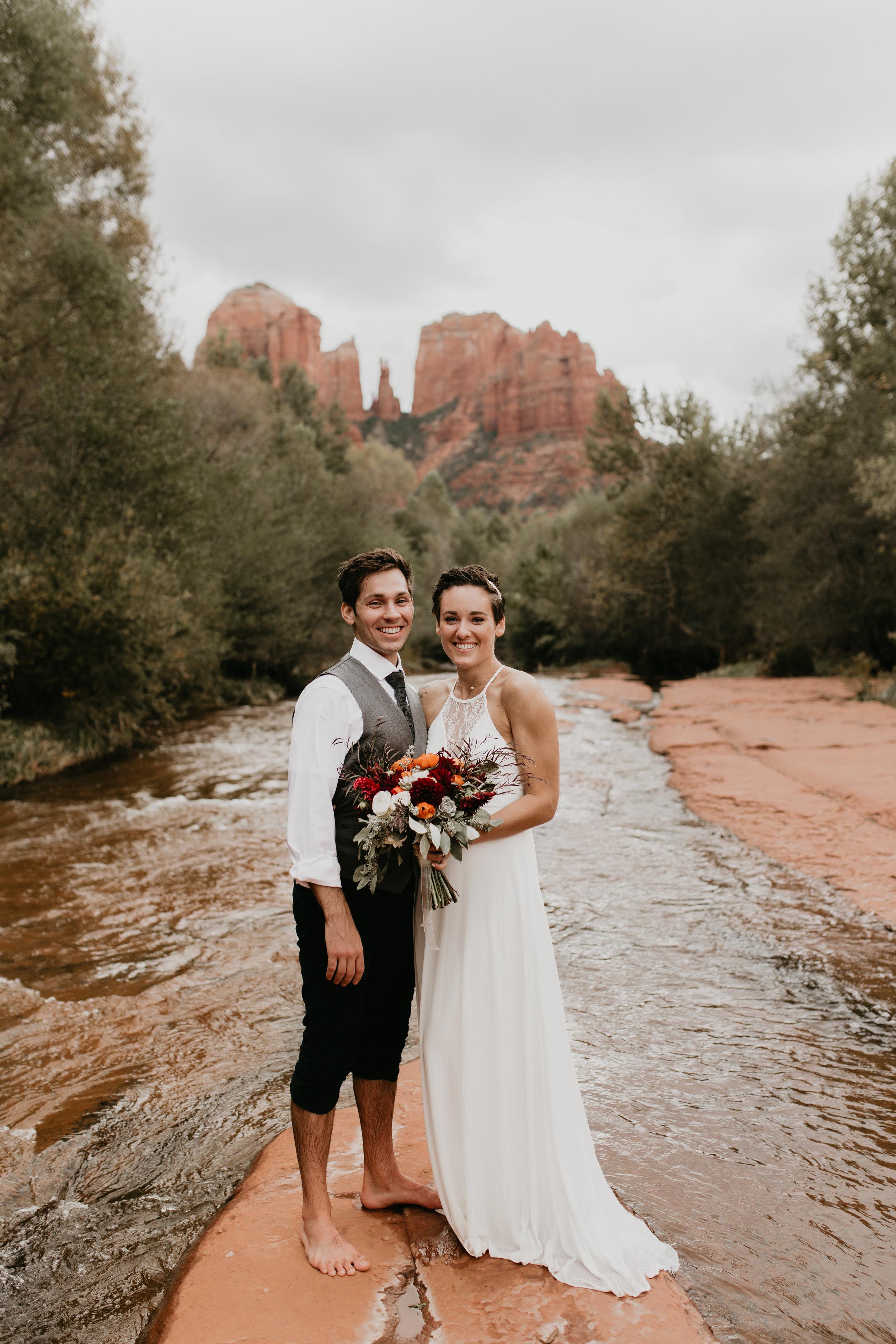 nicole-daacke-photography-sedona-arizona-destination-elopement-wedding-photographer-catherdral-rock-hiking-elopement-sedona-river-elopement-photos-desert-rock-wedding-photographer-laid-back-spontaneous-elopement-114.jpg