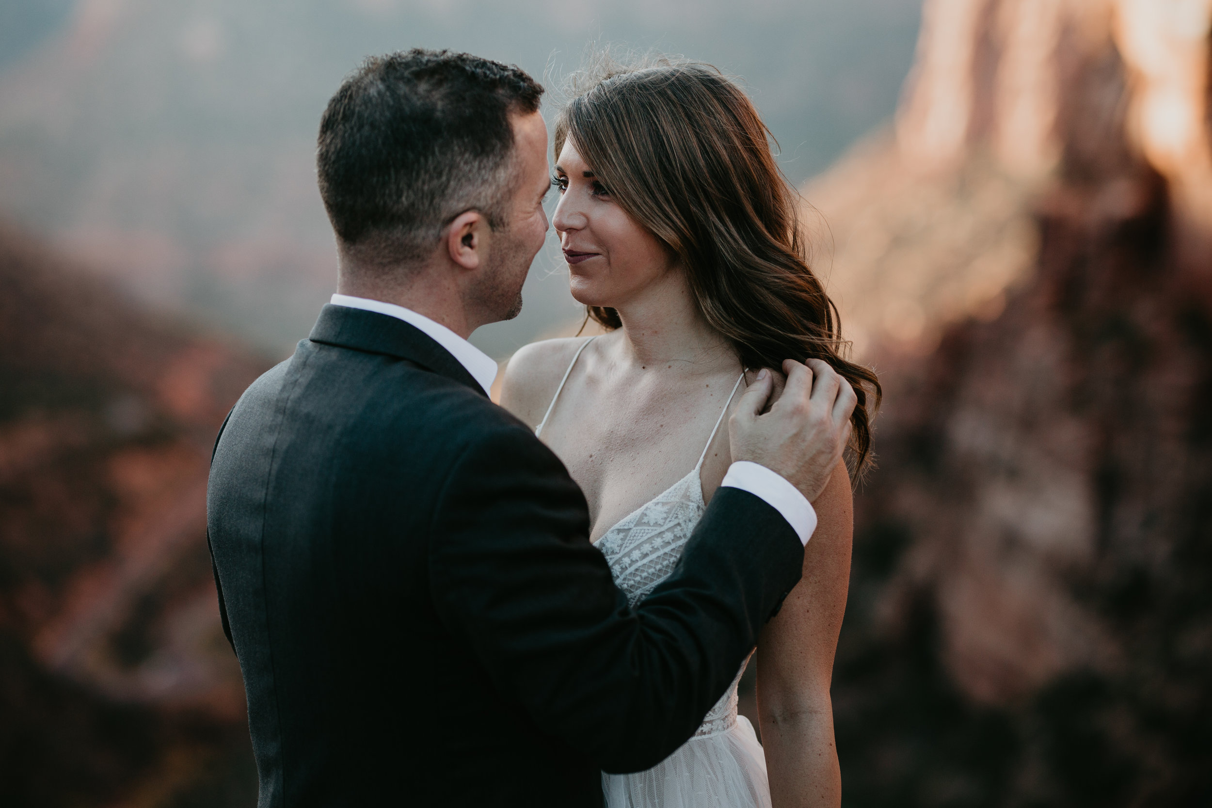 nicole-daacke-photography-zion-national-park-elopement-photographer-canyon-overlook-trail-elope-hiking-adventure-wedding-photos-fall-utah-red-rock-canyon-stgeorge-eloping-photographer-41.jpg