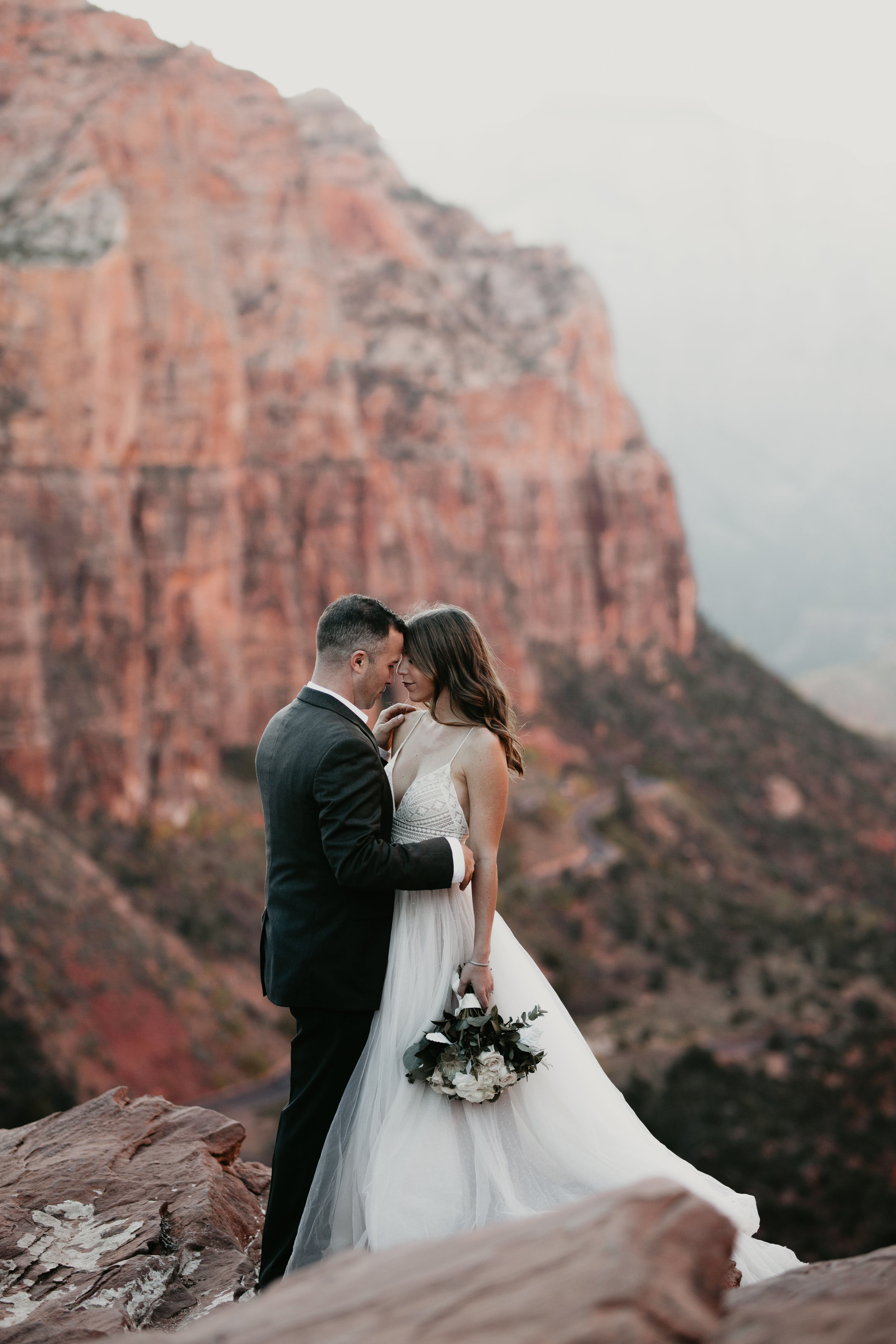 nicole-daacke-photography-zion-national-park-elopement-photographer-canyon-overlook-trail-elope-hiking-adventure-wedding-photos-fall-utah-red-rock-canyon-stgeorge-eloping-photographer-44.jpg