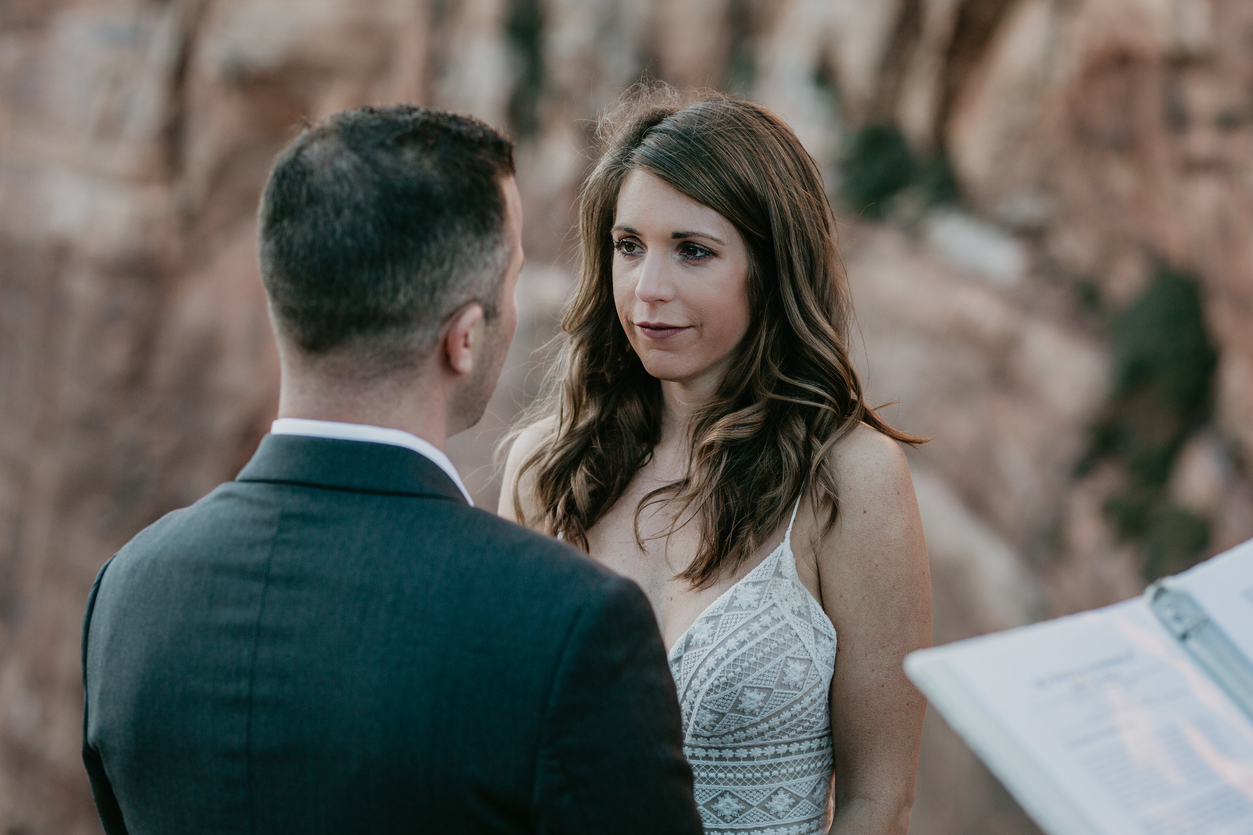 nicole-daacke-photography-zion-national-park-elopement-photographer-canyon-overlook-trail-elope-hiking-adventure-wedding-photos-fall-utah-red-rock-canyon-stgeorge-eloping-photographer-50.jpg