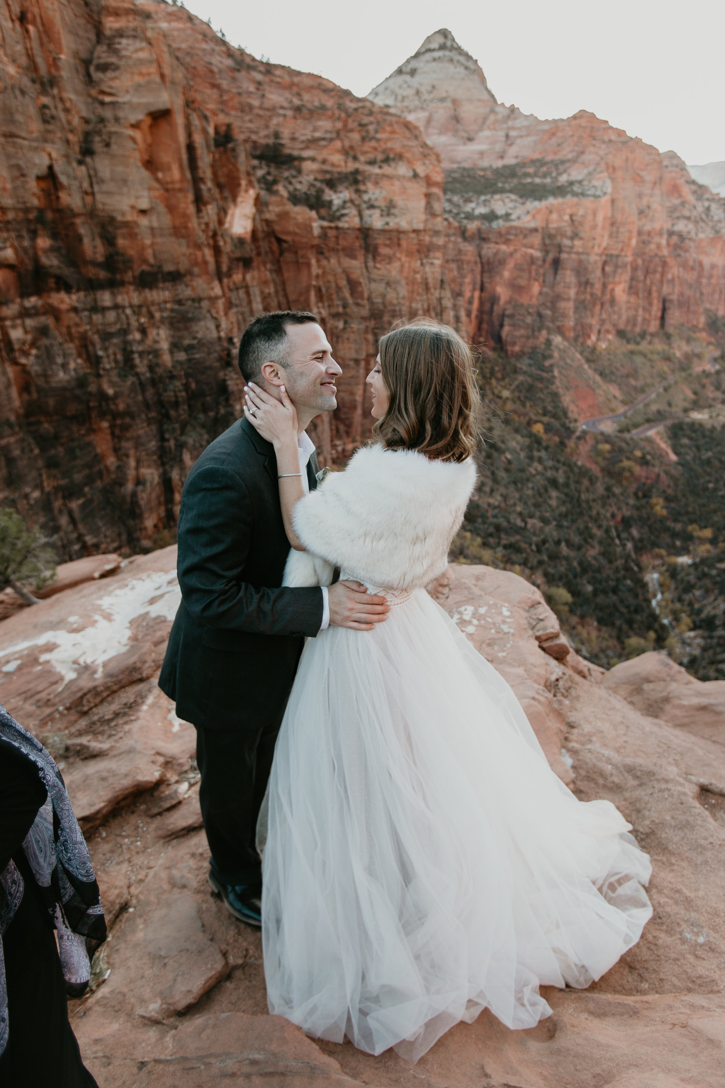 nicole-daacke-photography-zion-national-park-elopement-photographer-canyon-overlook-trail-elope-hiking-adventure-wedding-photos-fall-utah-red-rock-canyon-stgeorge-eloping-photographer-58.jpg