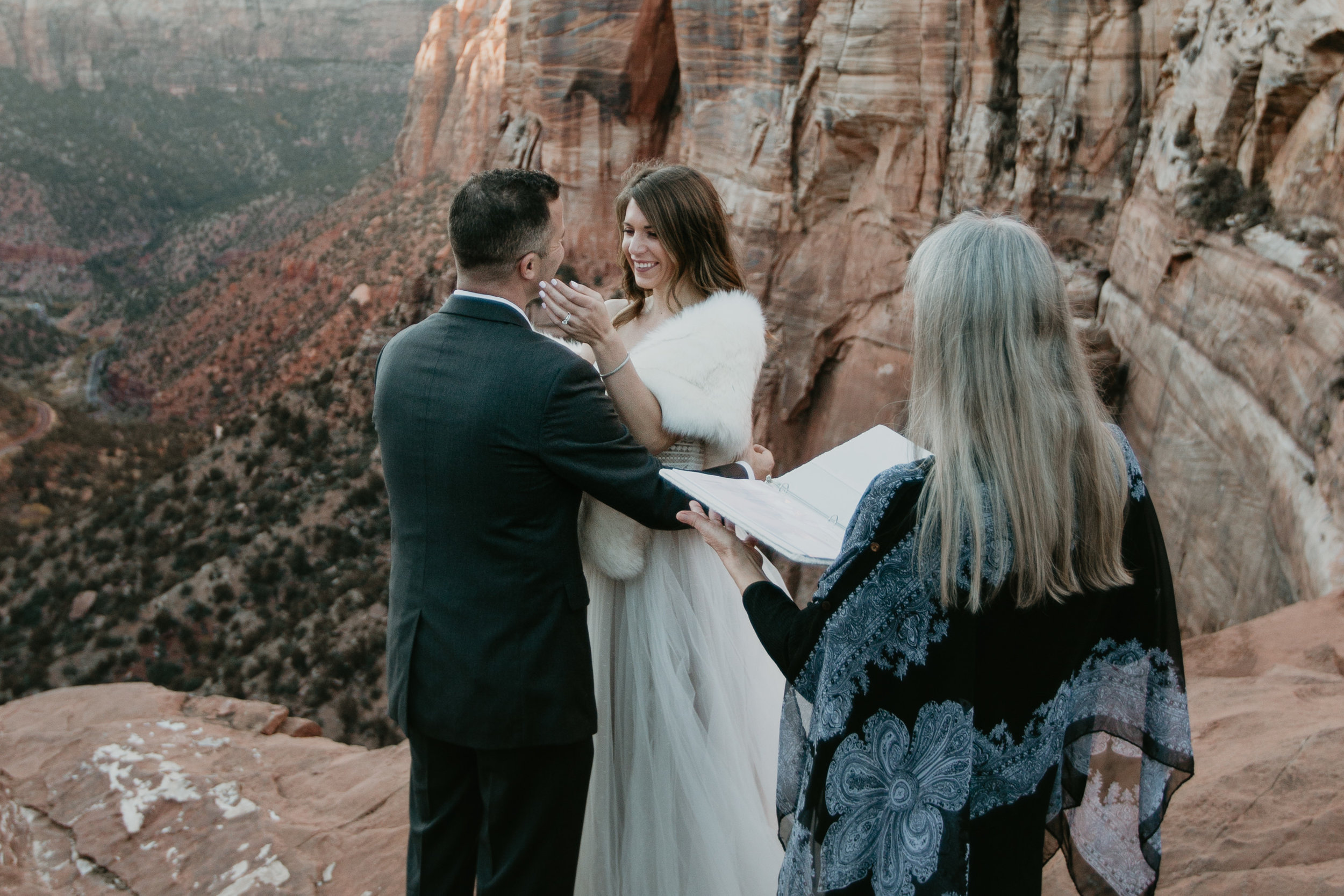 nicole-daacke-photography-zion-national-park-elopement-photographer-canyon-overlook-trail-elope-hiking-adventure-wedding-photos-fall-utah-red-rock-canyon-stgeorge-eloping-photographer-60.jpg