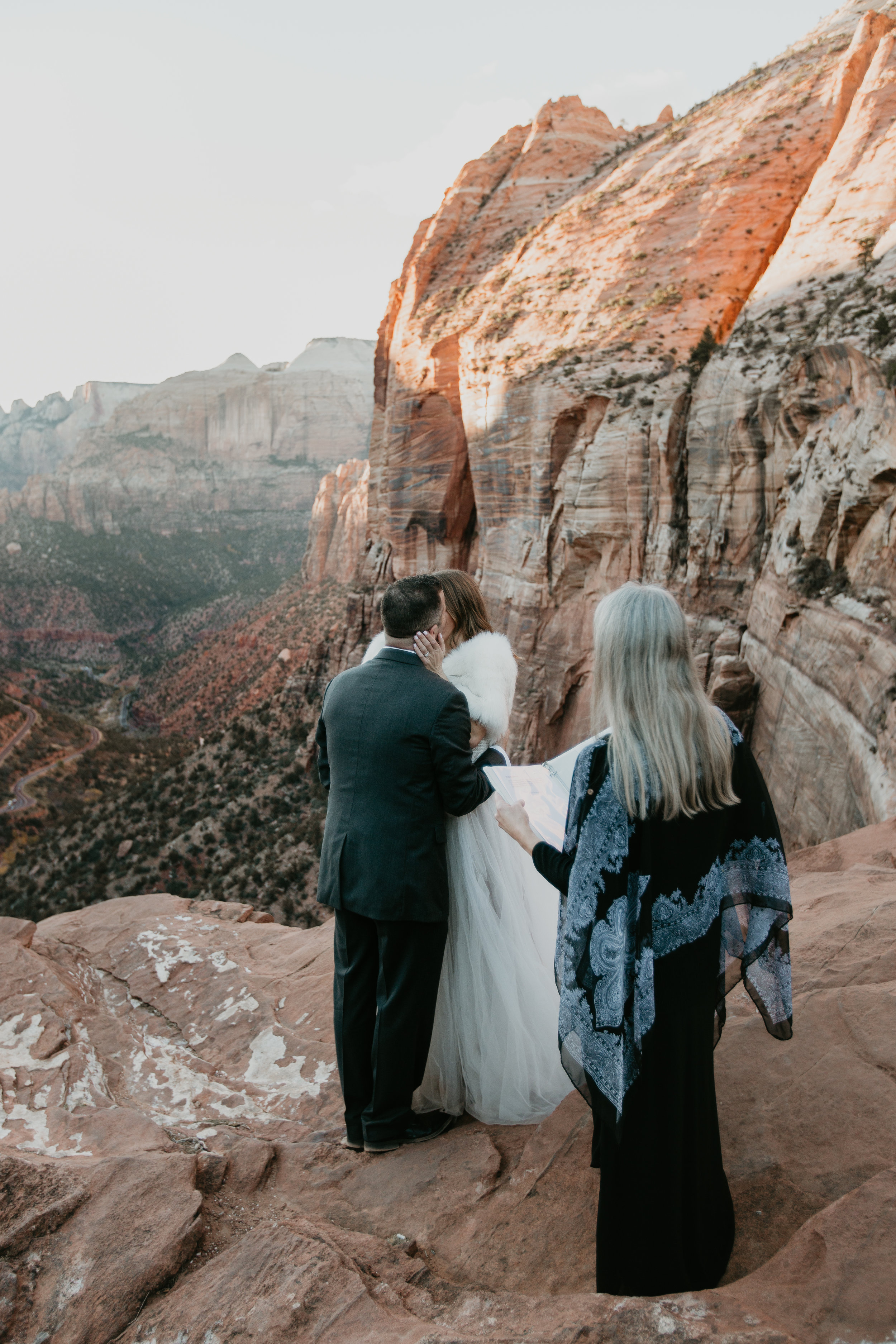 nicole-daacke-photography-zion-national-park-elopement-photographer-canyon-overlook-trail-elope-hiking-adventure-wedding-photos-fall-utah-red-rock-canyon-stgeorge-eloping-photographer-61.jpg