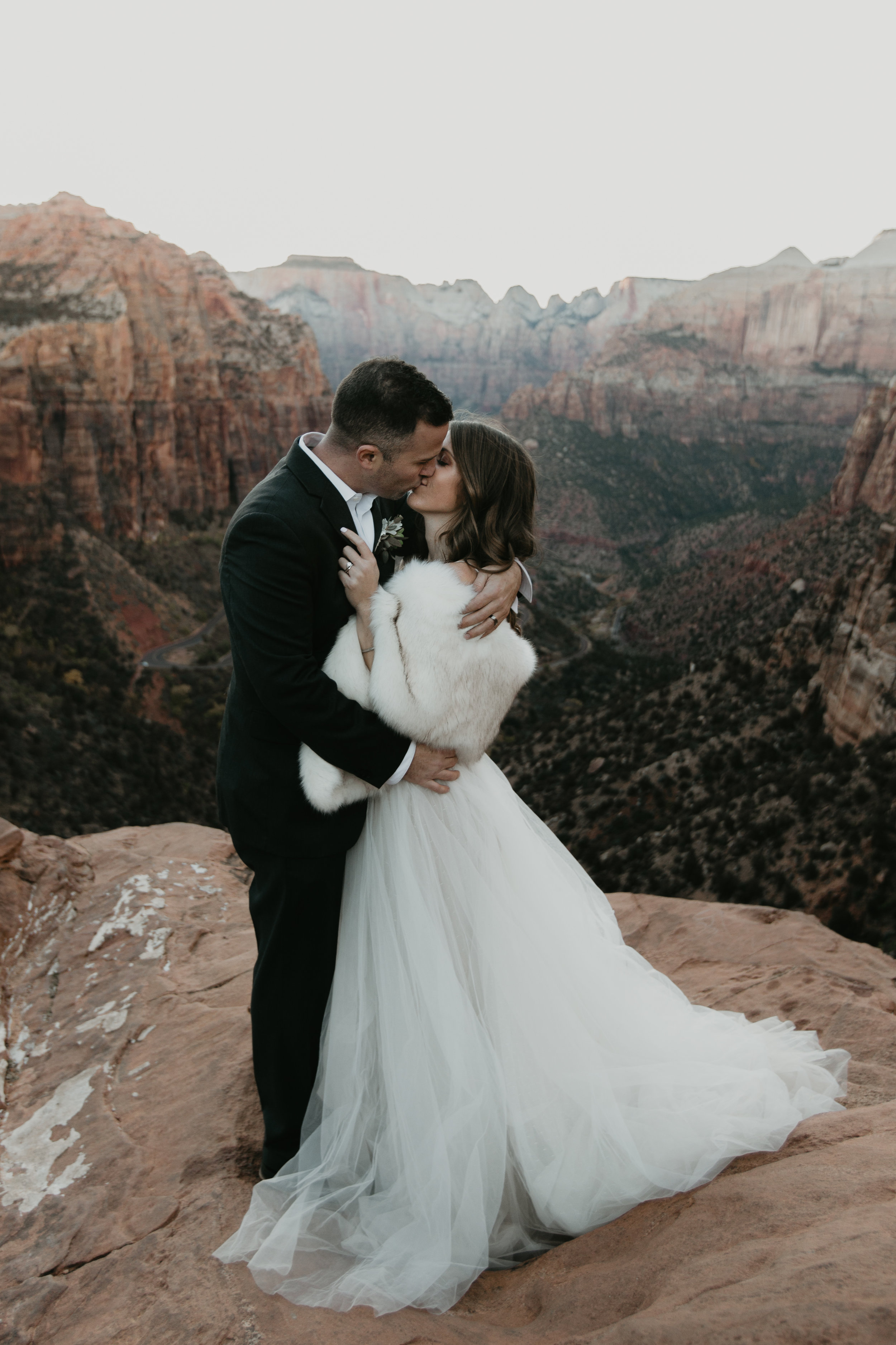 nicole-daacke-photography-zion-national-park-elopement-photographer-canyon-overlook-trail-elope-hiking-adventure-wedding-photos-fall-utah-red-rock-canyon-stgeorge-eloping-photographer-70.jpg