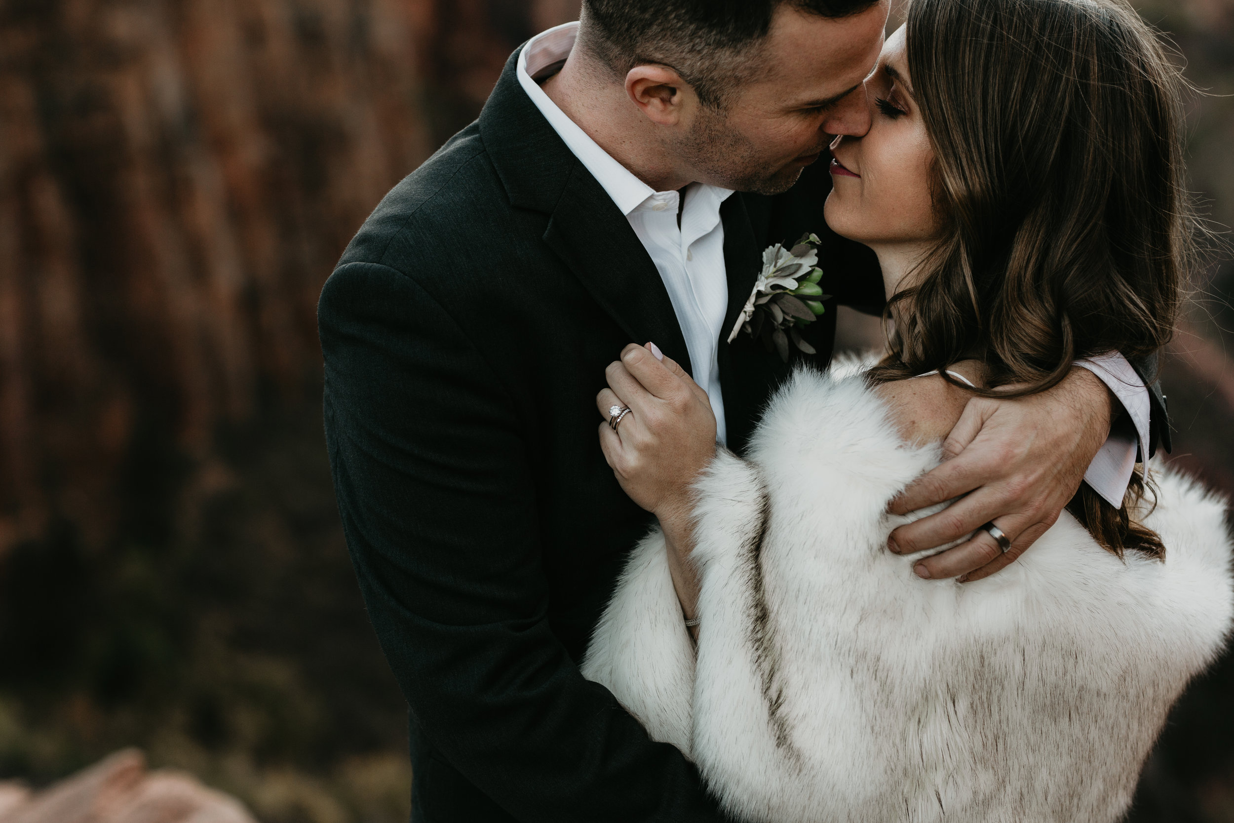nicole-daacke-photography-zion-national-park-elopement-photographer-canyon-overlook-trail-elope-hiking-adventure-wedding-photos-fall-utah-red-rock-canyon-stgeorge-eloping-photographer-71.jpg