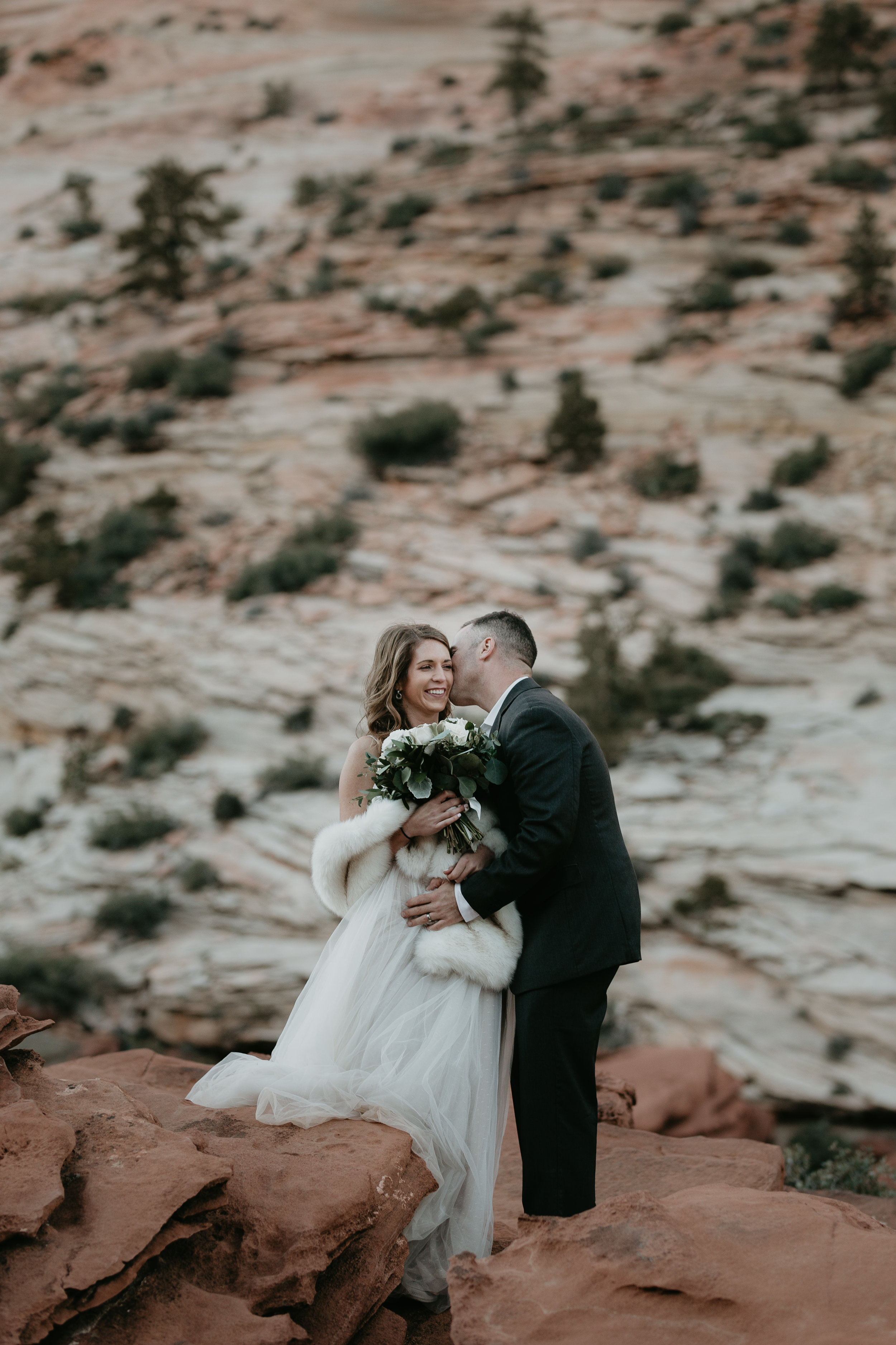 nicole-daacke-photography-zion-national-park-elopement-photographer-canyon-overlook-trail-elope-hiking-adventure-wedding-photos-fall-utah-red-rock-canyon-stgeorge-eloping-photographer-73.jpg