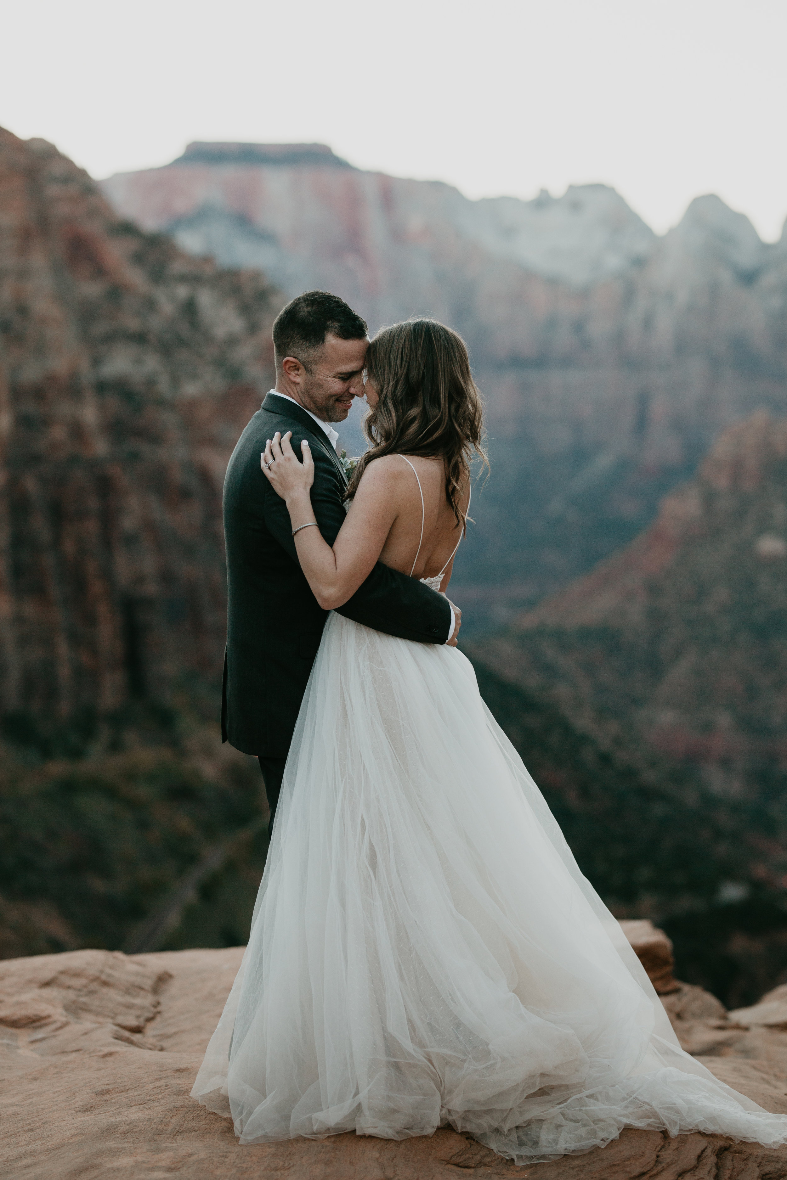 nicole-daacke-photography-zion-national-park-elopement-photographer-canyon-overlook-trail-elope-hiking-adventure-wedding-photos-fall-utah-red-rock-canyon-stgeorge-eloping-photographer-81.jpg