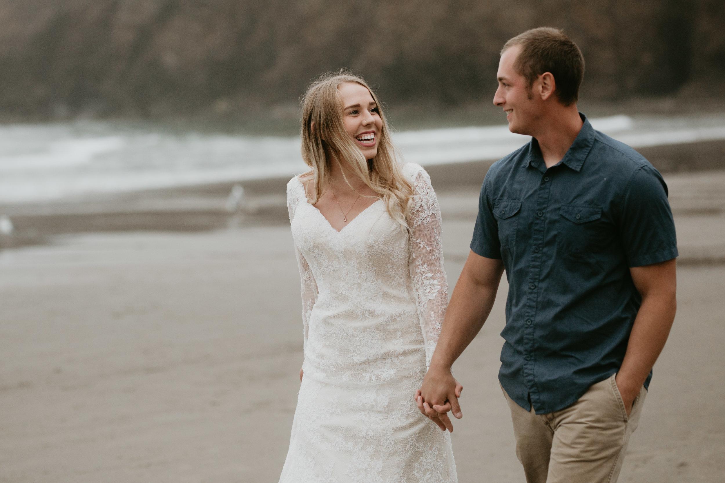 nicole-daacke-photography-ecola-state-park-oregon-elopement-bridal-photos-photographer-for-cannon-beach-elopement-oregon-coast-elopement-photographer-foggy-summer-elopement-cannon-beach-best-adventure-elopement-photographer-5588.jpg